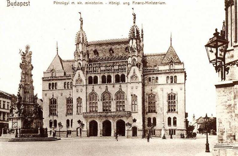 Titokban újabb tízmilliárd forinttal, 38 milliárdra drágult a leendő Pénzügyminisztérium épülete, hogy pont úgy nézhessen ki, mint 1908-ban