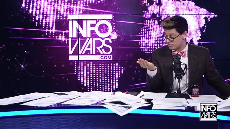 Milo Yiannopoulos májtisztító tablettát reklámoz az InfoWarson