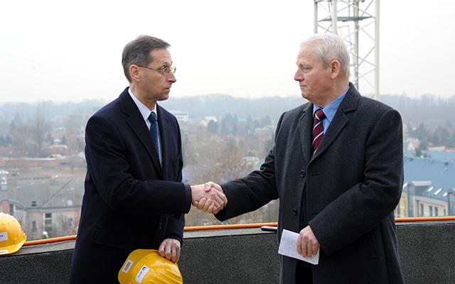 A kormány újabb eszközt talált arra, hogy megvetesse a BKV-val a magyar buszokat