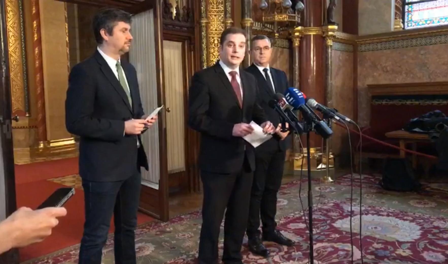 Az Elios-ügy feltárására közös alternatív parlamenti vizsgálóbizottságot hozott létre az LMP, a Jobbik és az MSZP