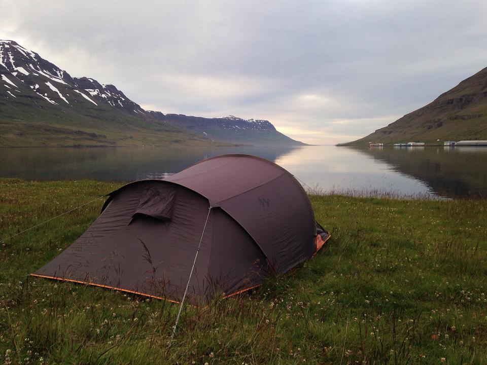 Aki Izlandon él, annak Oslóig kell repülnie, hogy szavazhasson április 8-án
