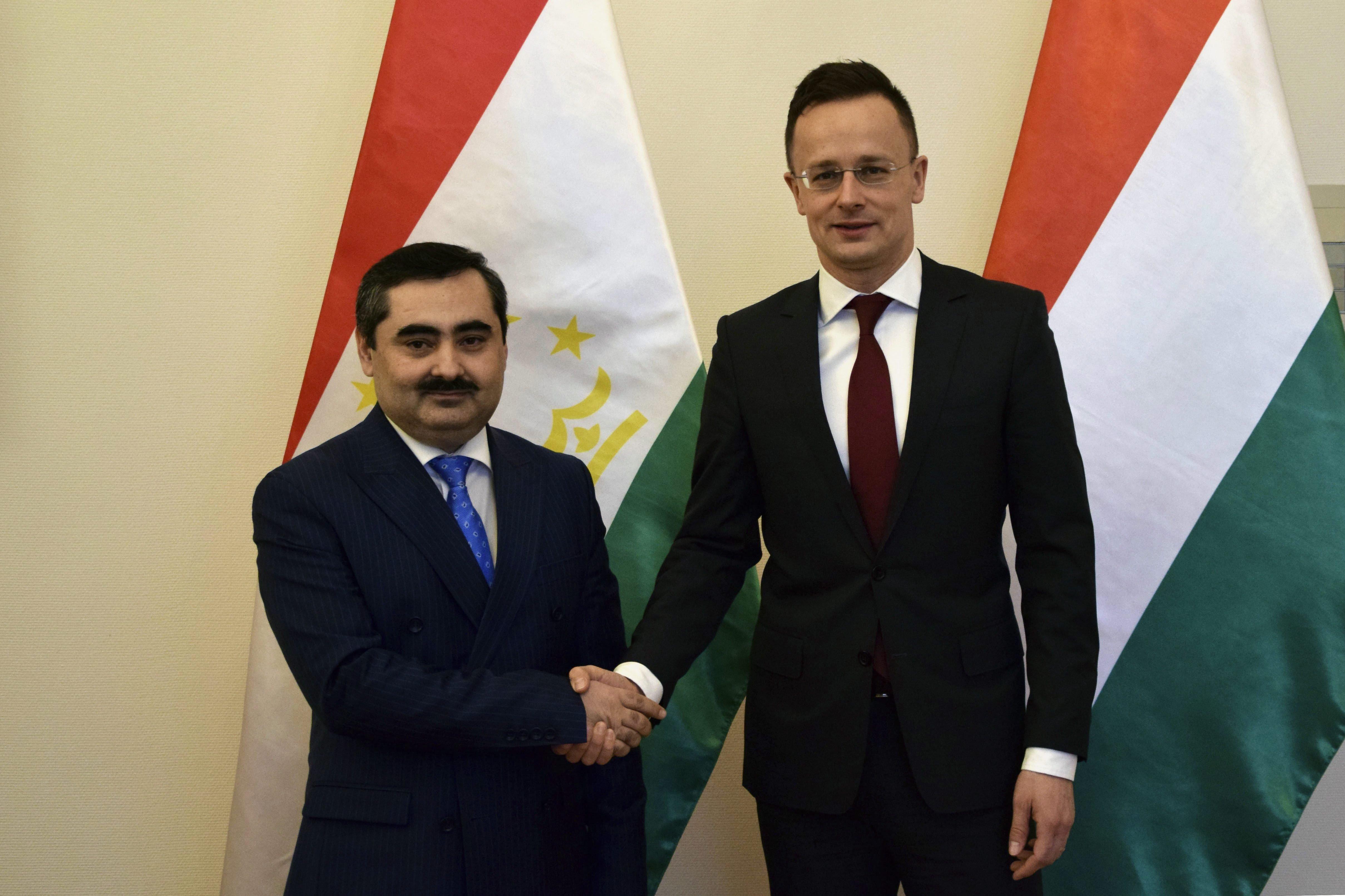 Szijjártó Péter fogadta a tádzsik külügyminiszter-helyettest
