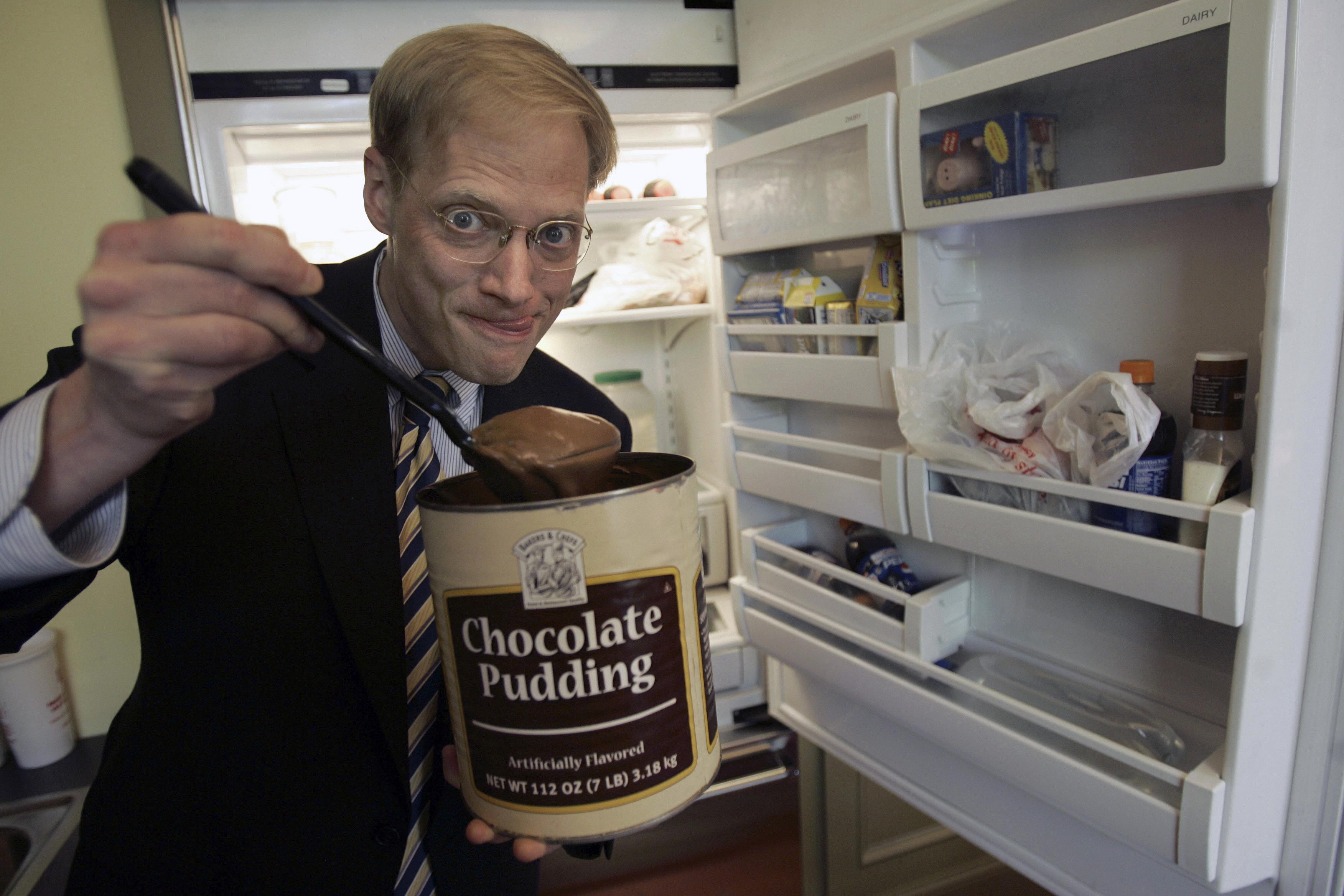 Lemondásra kényszerült a táplálkozástudomány tömeges csaláson ért sztárja