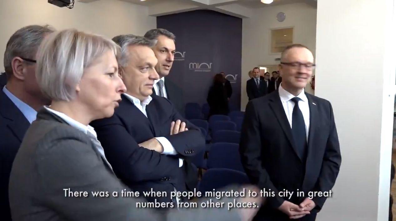 Vajon mire gondol a miniszterelnök, amikor a migránsveszélyre példaként a Miskolcra Magyarországról bevándoroltakat emlegeti?