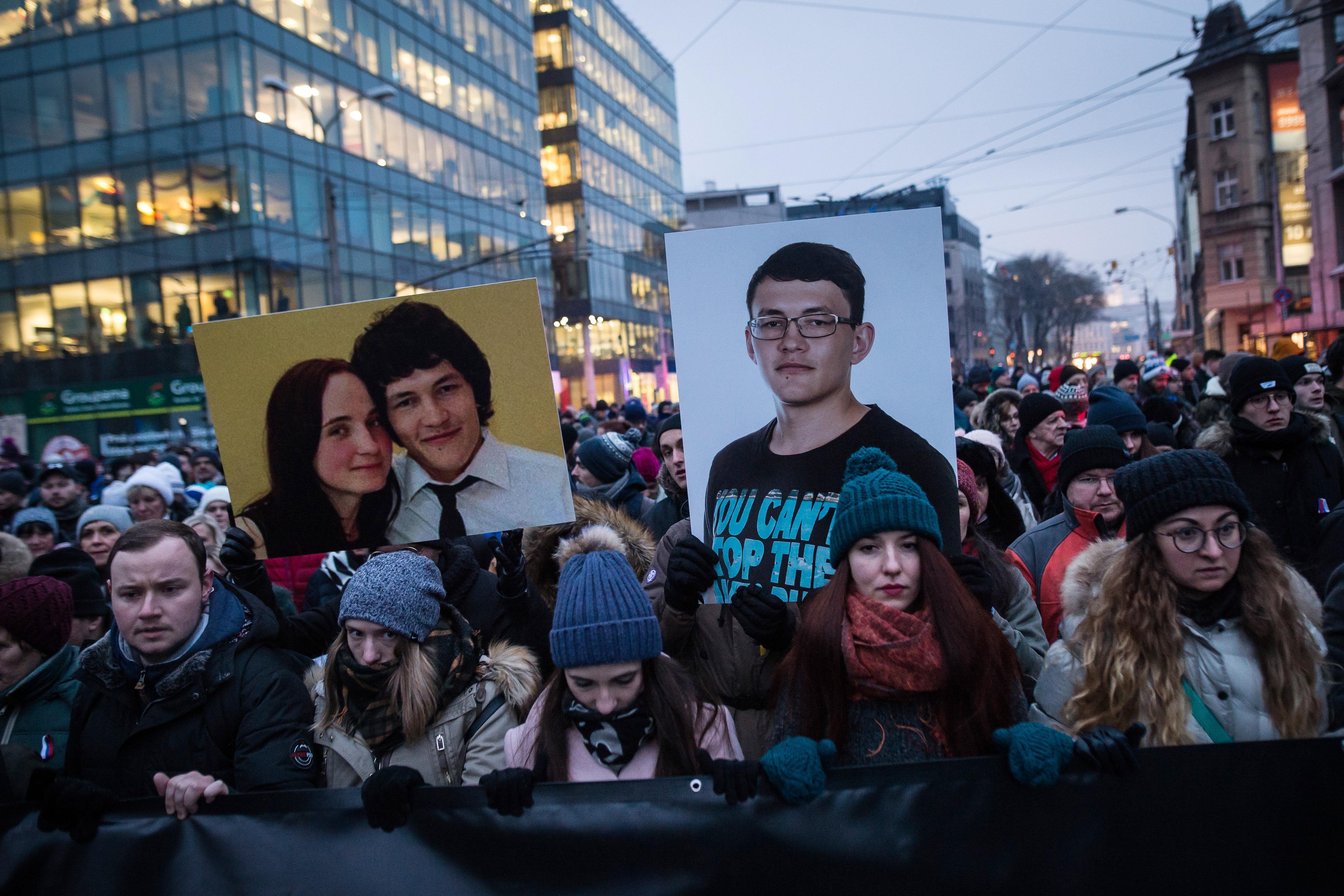 Egy kecskeméti és egy zebegényi férfit is kihallgattak a szlovák újságíró megölése miatt, tőlük származhatott a fegyver