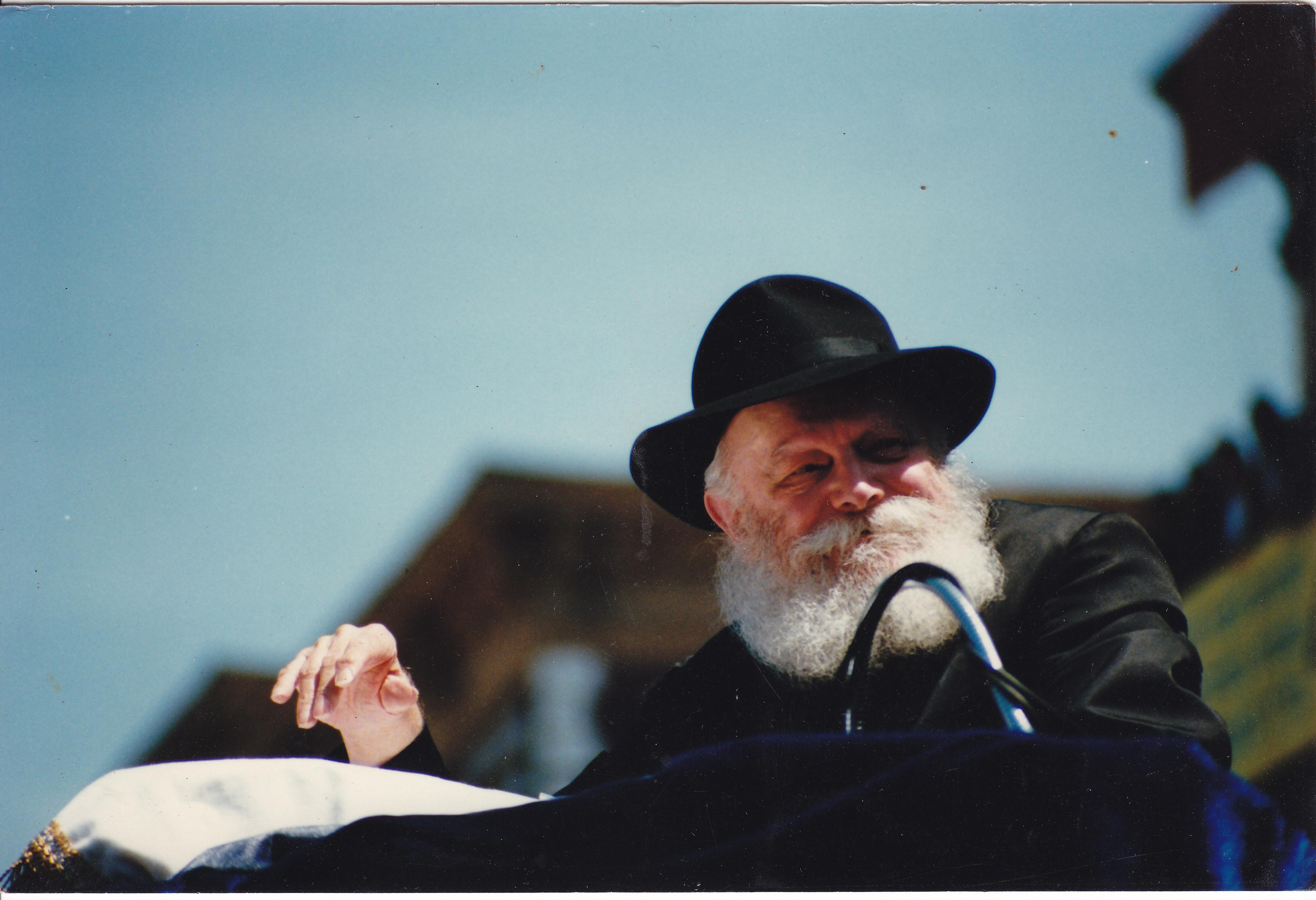 Egy kicsi haszid szekta, ami átvenné a világ zsidóságának képviseletét
