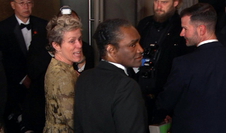 Ártatlannak vallotta magát a férfi, akit Frances McDormand Oscarjának ellopásával vádolnak