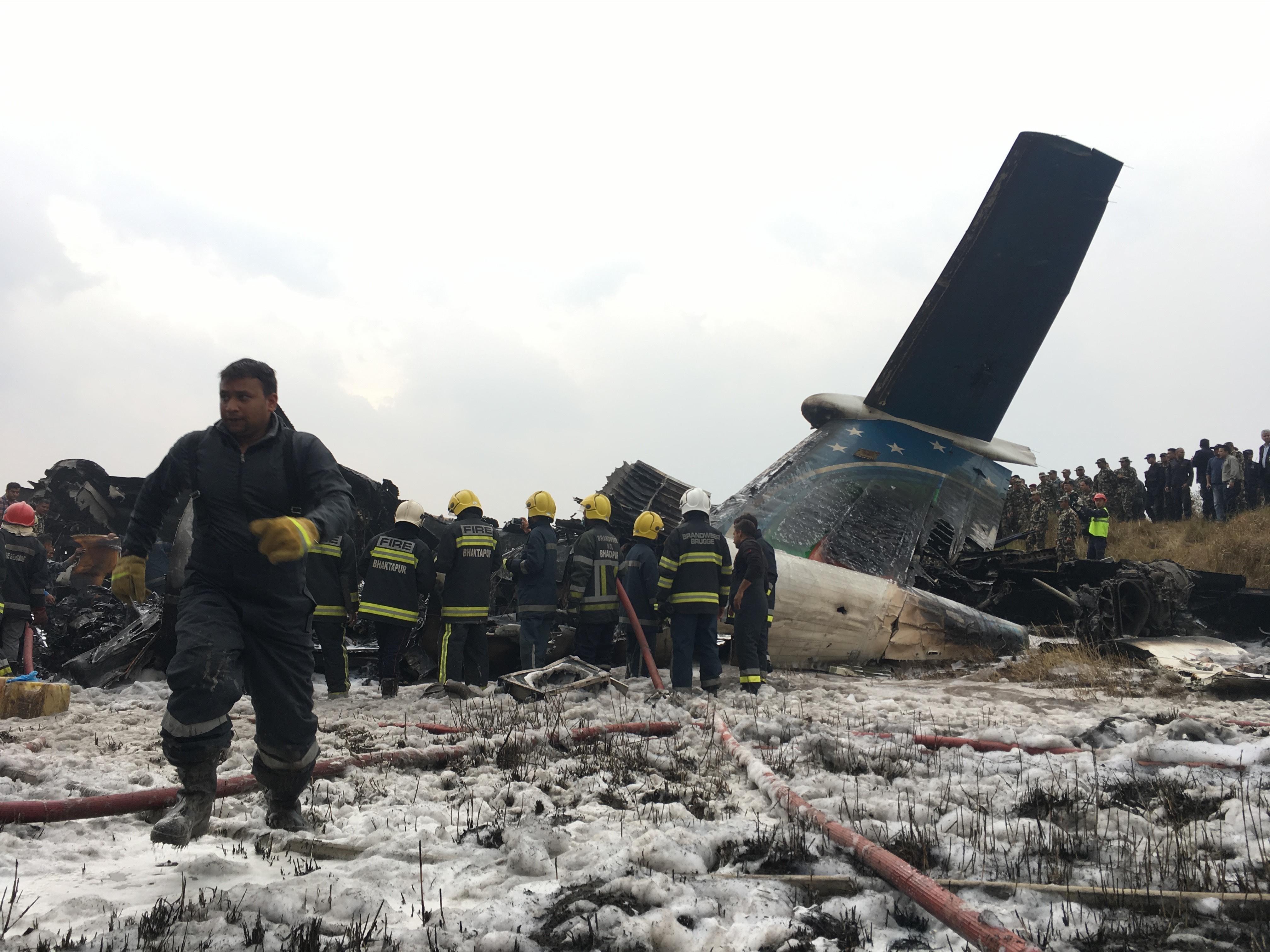 Lezuhant egy utasszállító Katmanduban, legalább ötvenen meghaltak