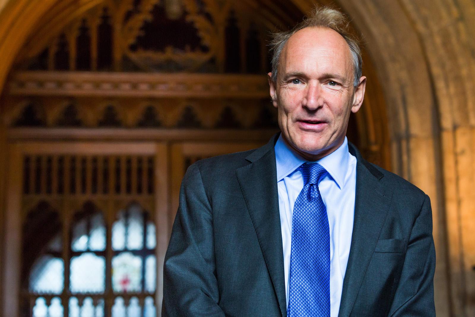 Berners-Lee: Meg kell javítani az internetet!