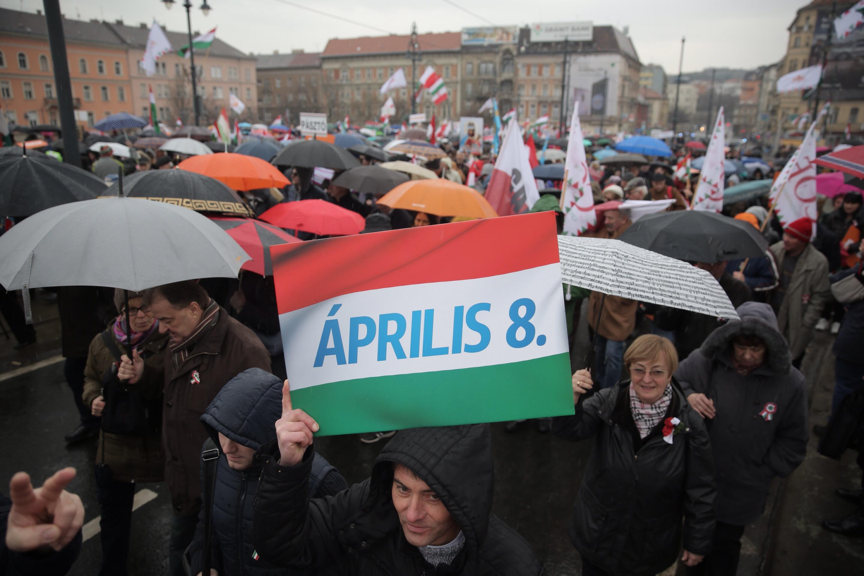 Hónapok óta először csökkent a Fidesz támogatottsága augusztusban