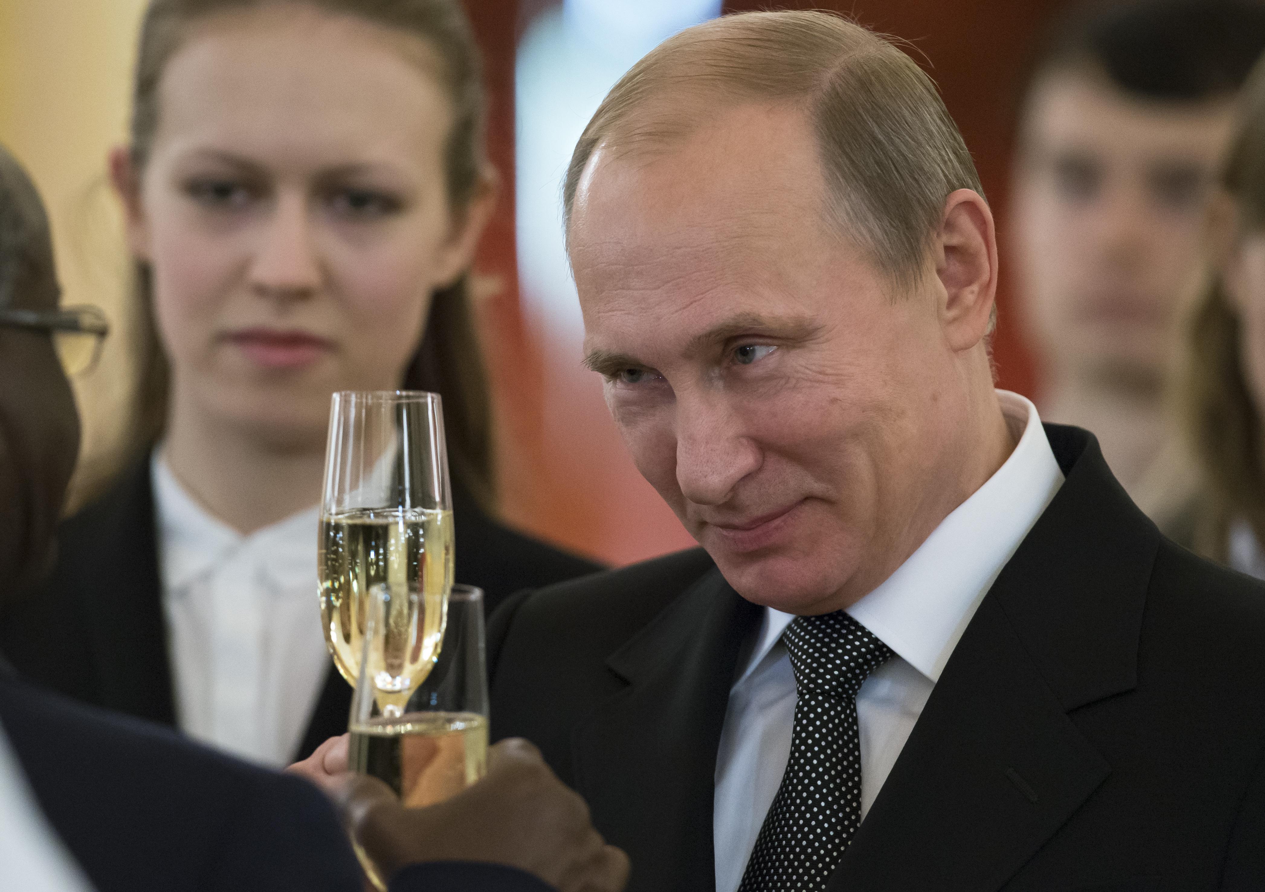 Putyin nevet adott egy rakás orosz katonai ezrednek, az egyiket Erdélyről nevezte el