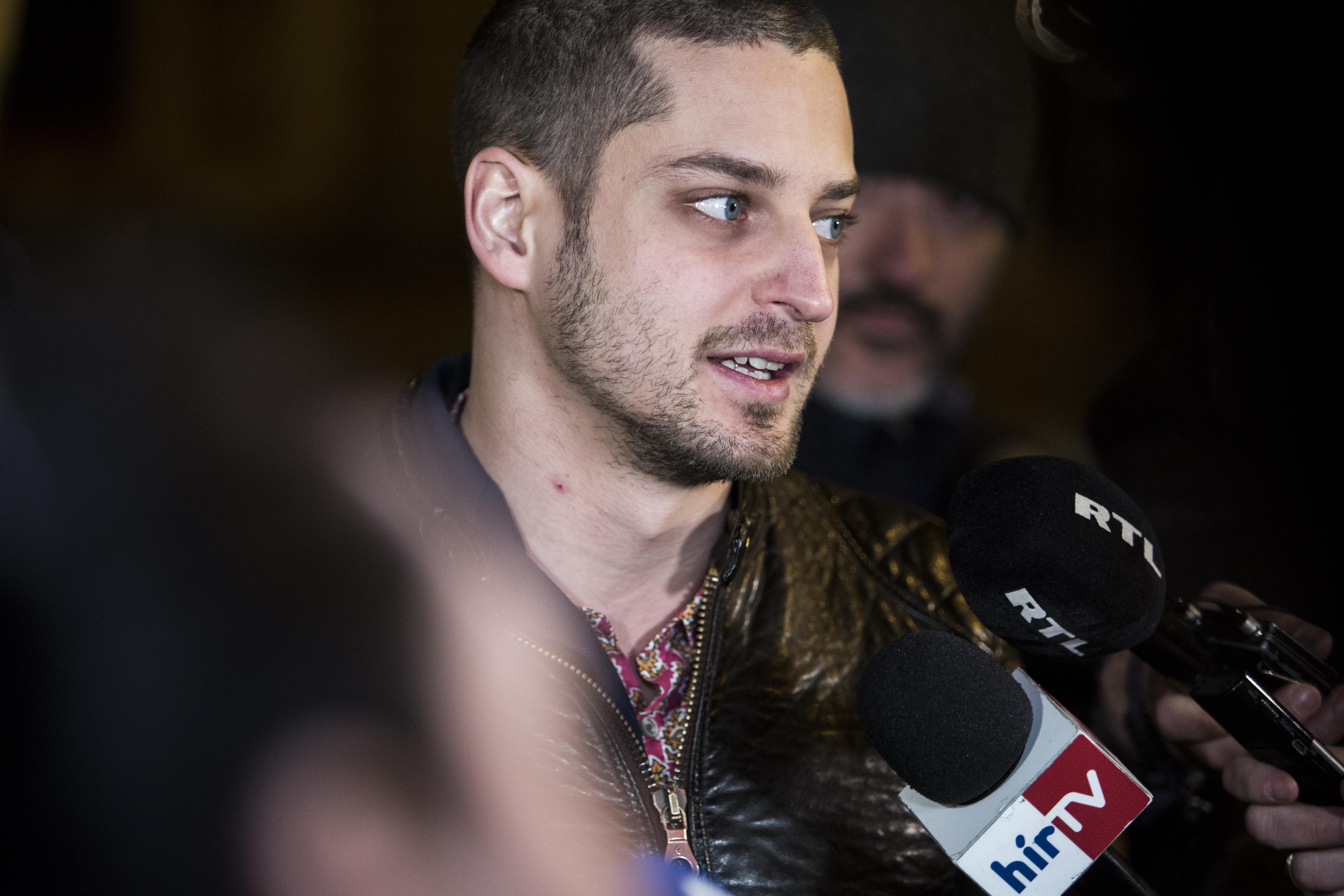 Nem minden lapnak és újságírónak hajlandó nyilatkozni Ungár Péter