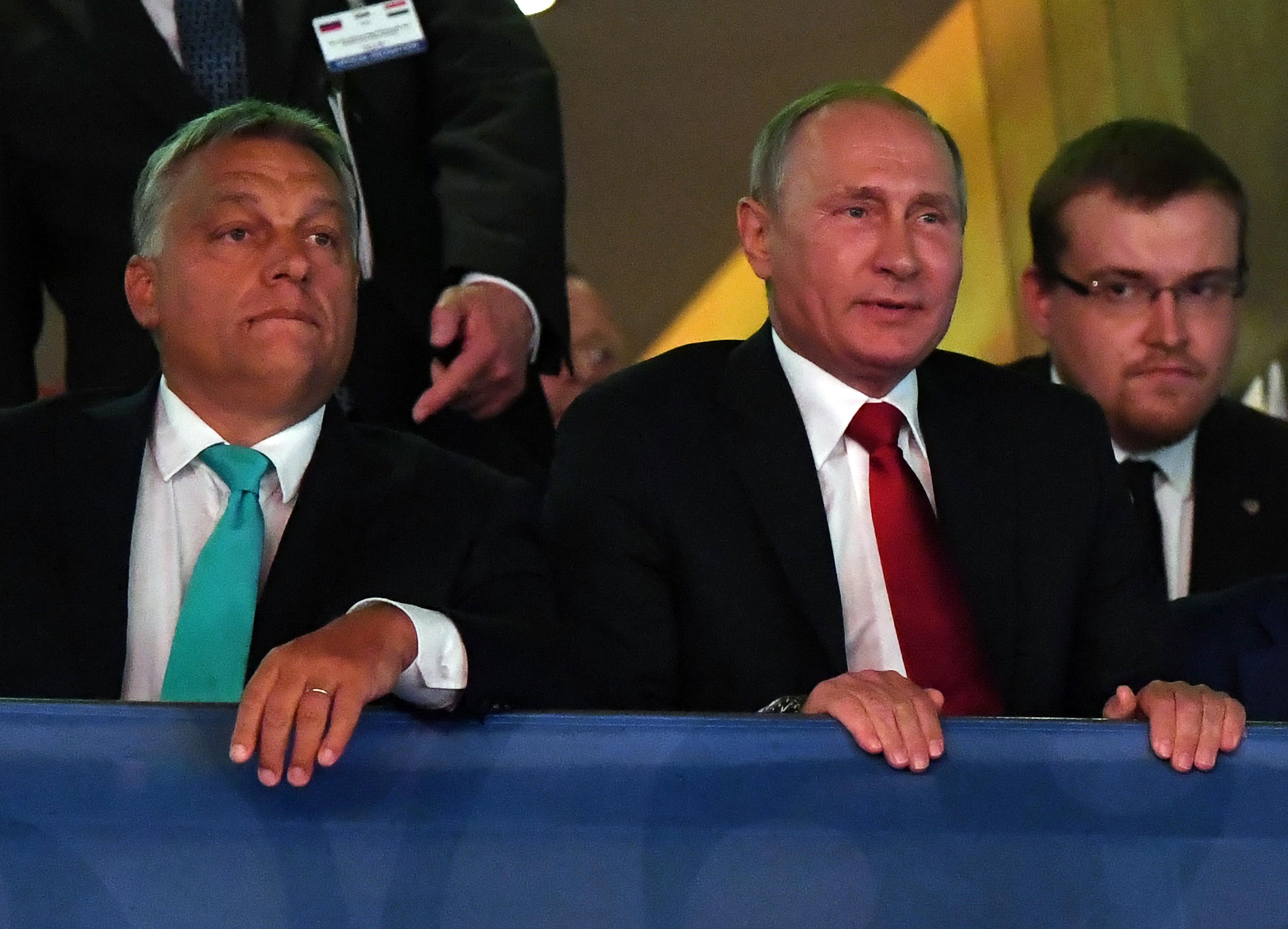 Putyin örömére megint cselgáncs-világbajnokságot rendezne a kormány