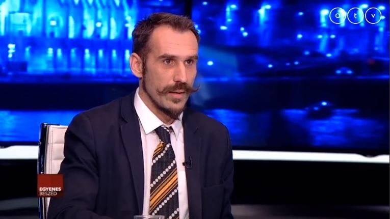 Az MTI nem számolt be az LMP-s Vágó Gábor satjótájékoztatójáról, mert bojkottra hívott fel a túlóráztató cégekkel szemben