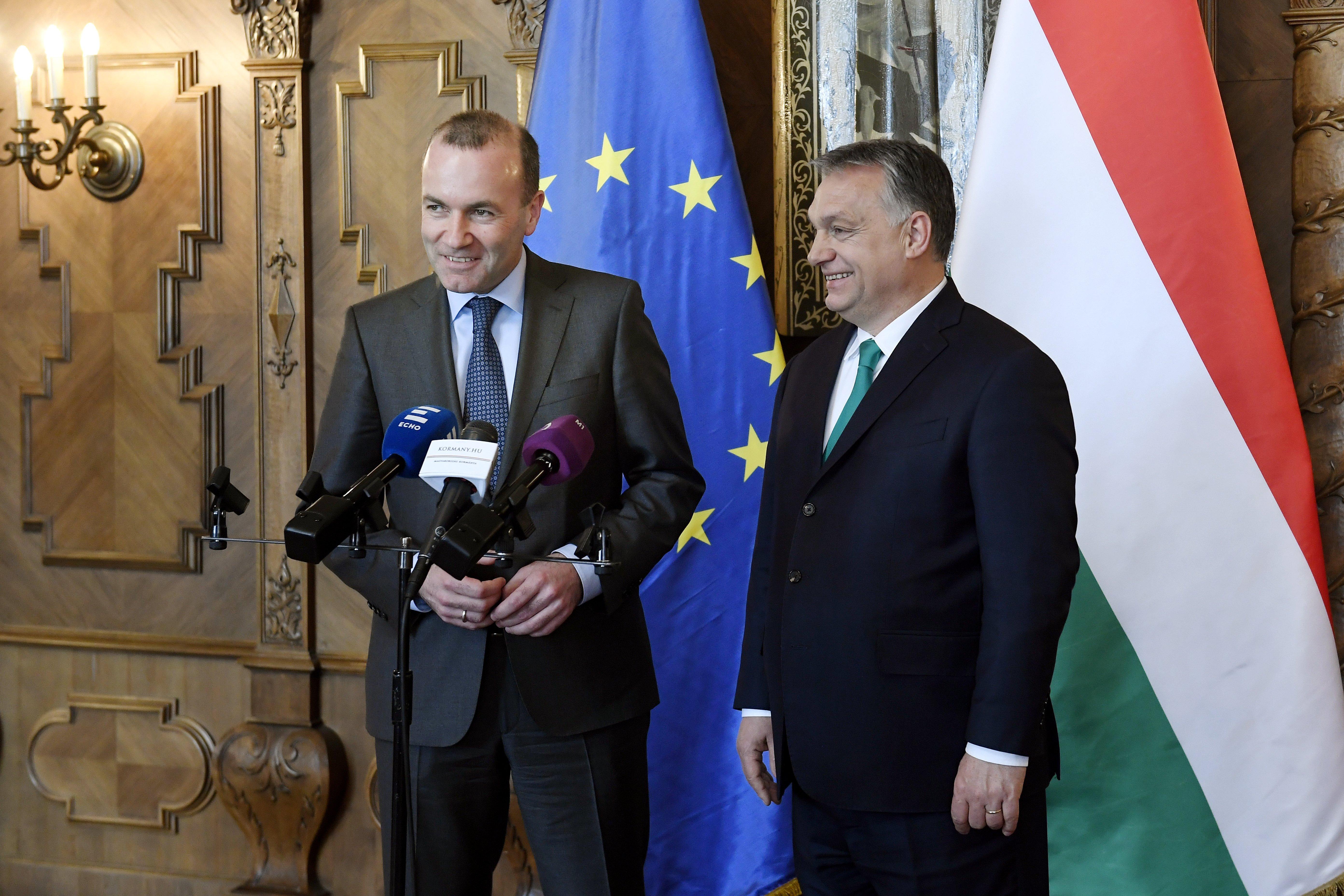 Az Európai Néppárt nem lép fel a Stop Soros törvénycsomaggal szemben