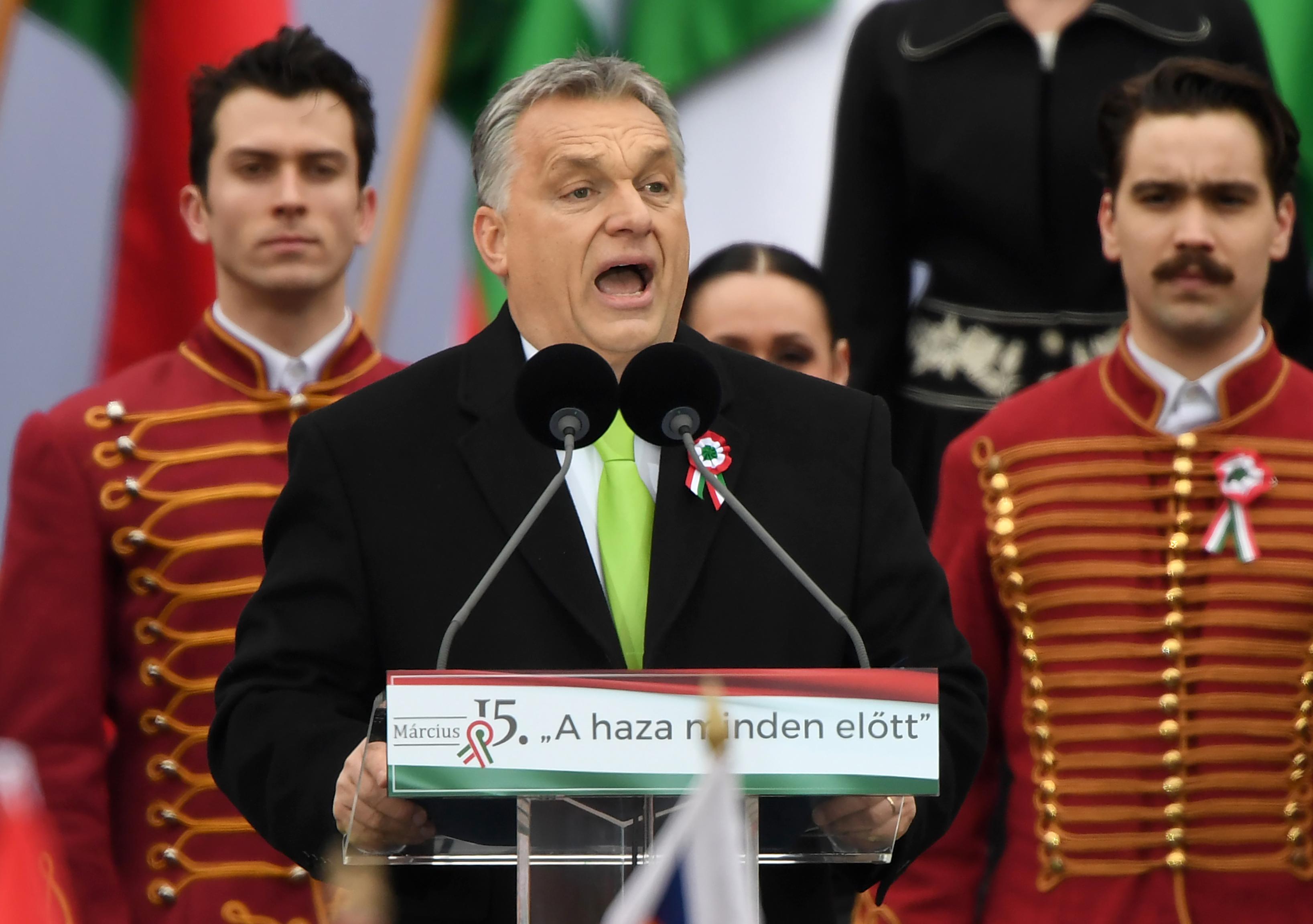 Orbán: Elég egy rossz döntés, és Budapestre többé nem fogunk ráismerni
