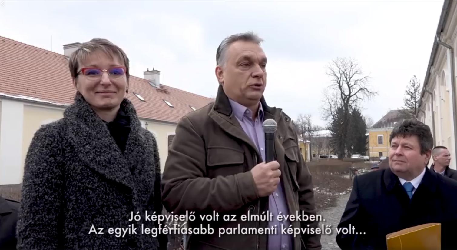 Orbán azzal dicsérte meg a Fidesz képviselőjelölt-asszonyát, hogy az egyik legférfiasabb parlamenti képviselő volt
