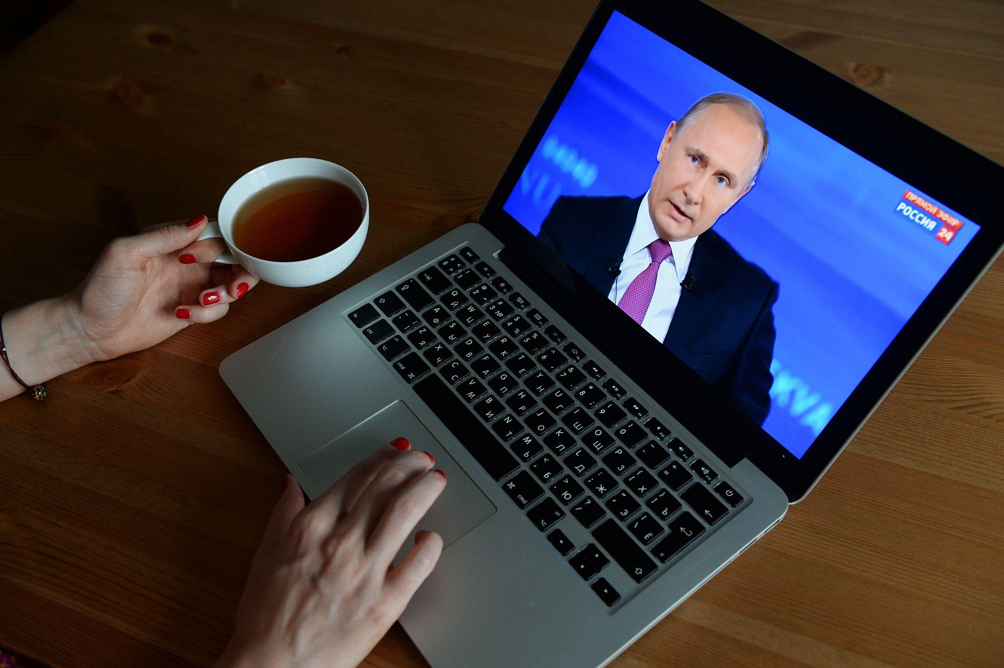 Több tucatnyian elkapták a koronavírust Putyin környezetében