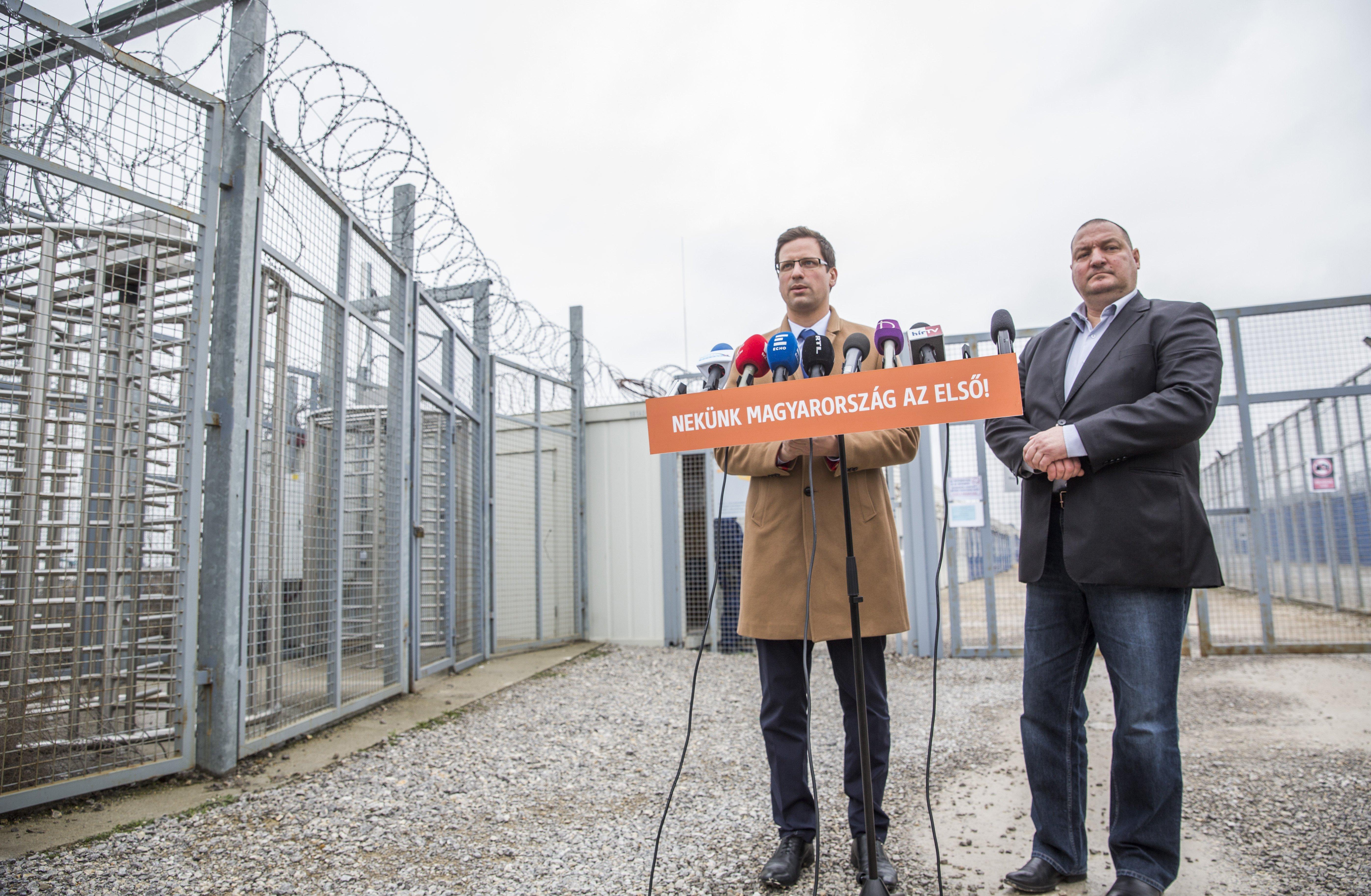 Rendőrség: nem ütközik a magyar joggal a külföldiek éheztetése a tranzitzónában