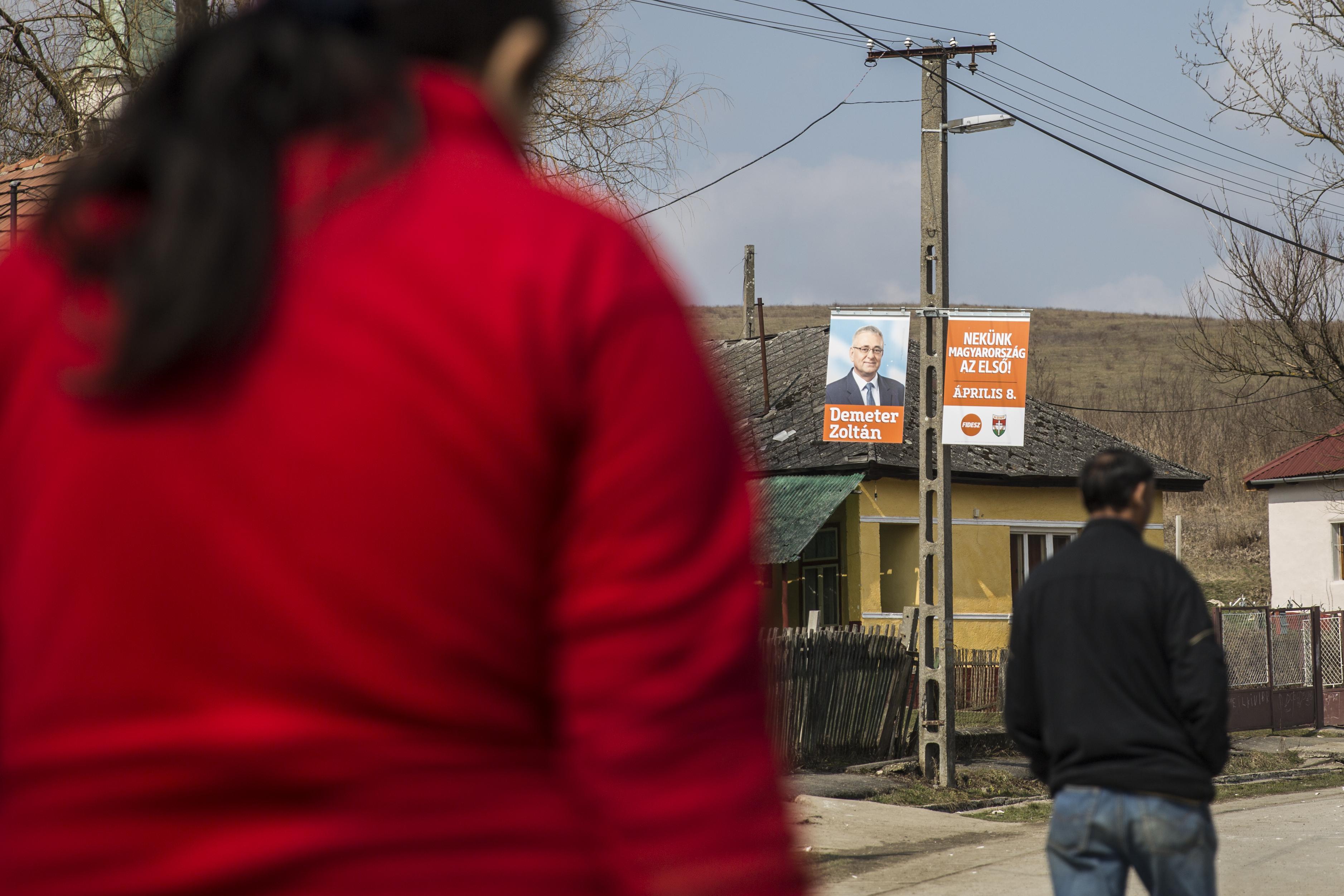 Inkább a közmunka hozza a falusi Fidesz-szavazatokat, nem a médiafölény