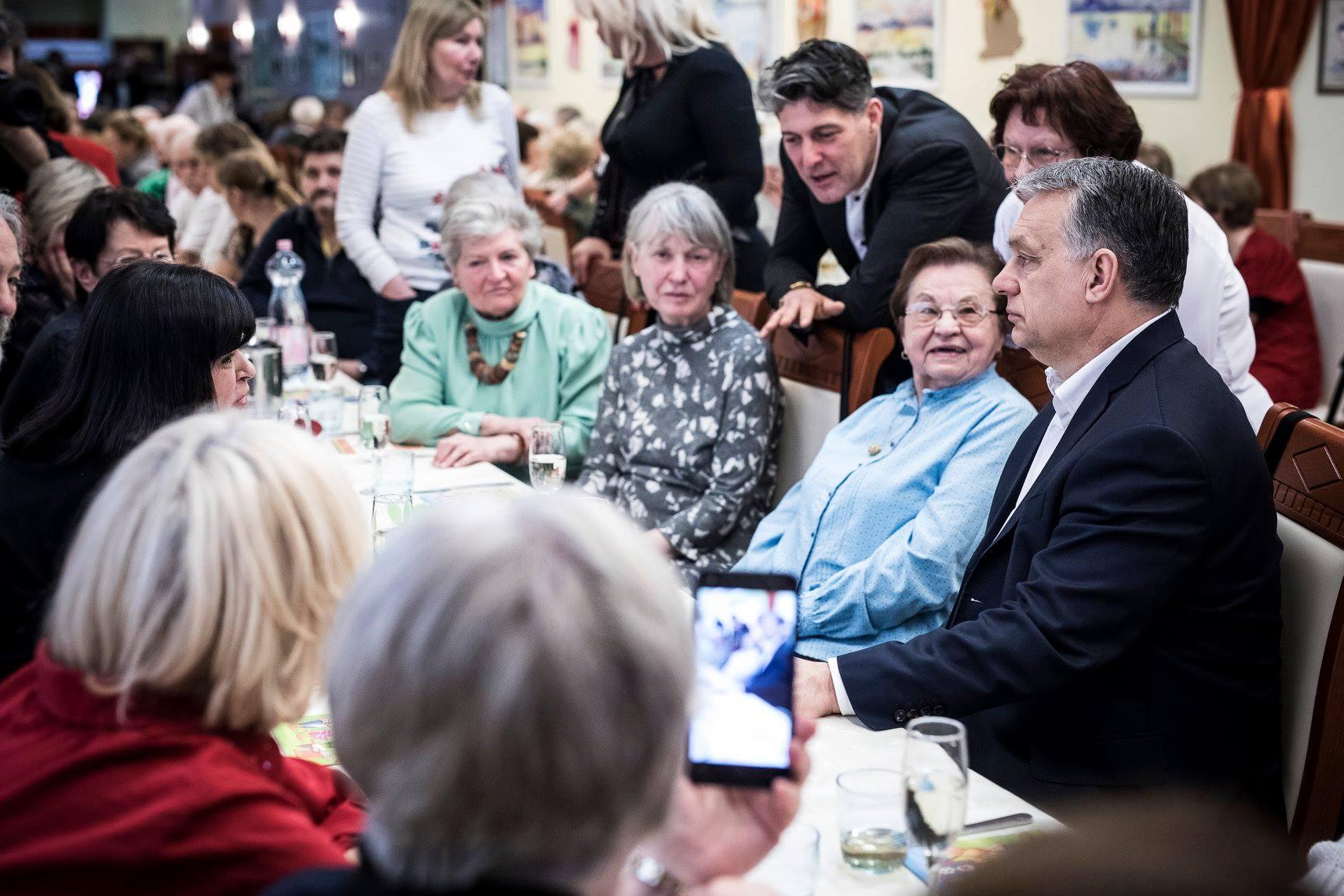 2100-ra 100 munkaképes korú magyarra 55-60 65 évesnél idősebb ember jut majd