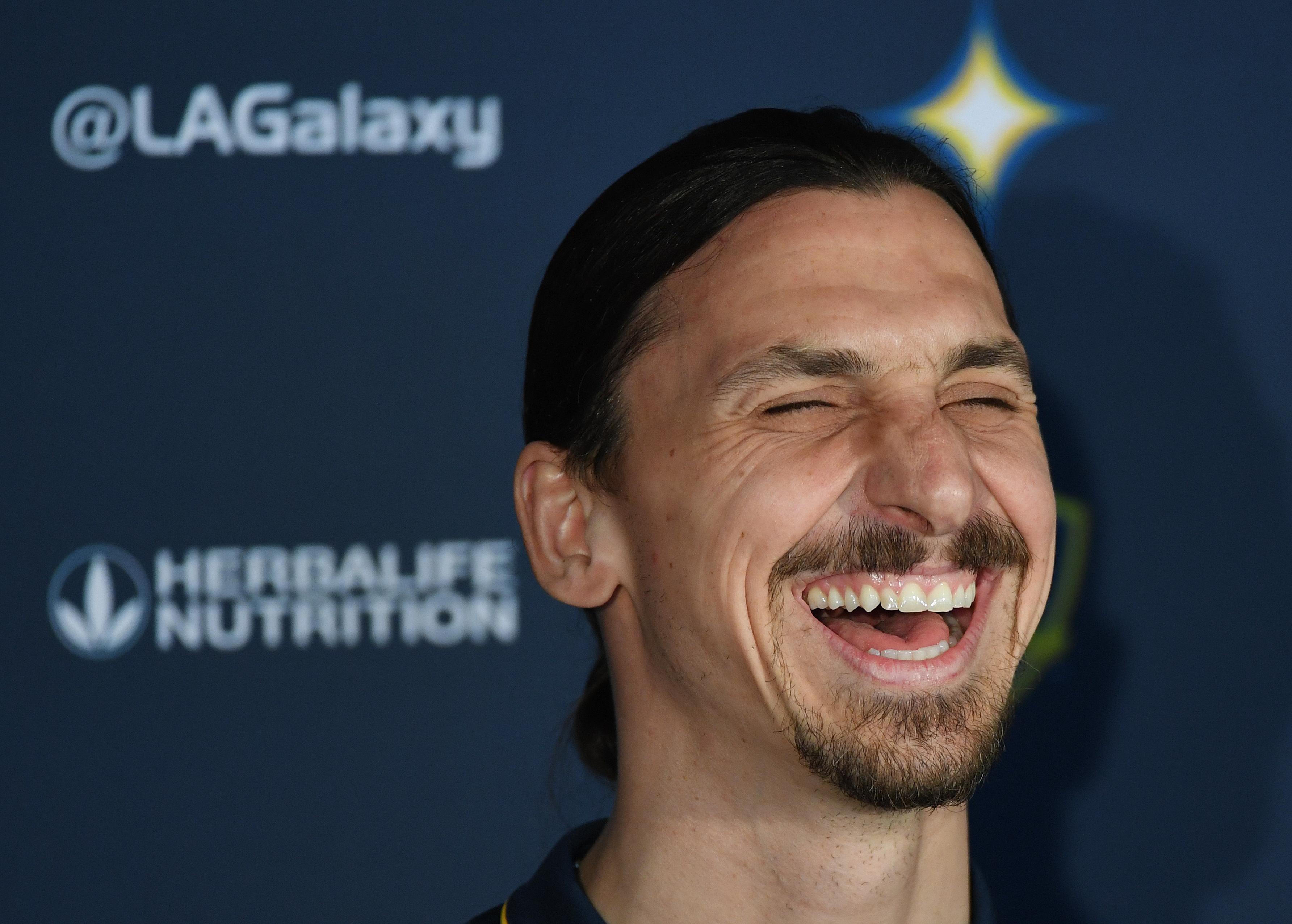 Szépkorúak kérték: a Milan a 38 éves Ibrahimovicot igazolta le megmentőnek