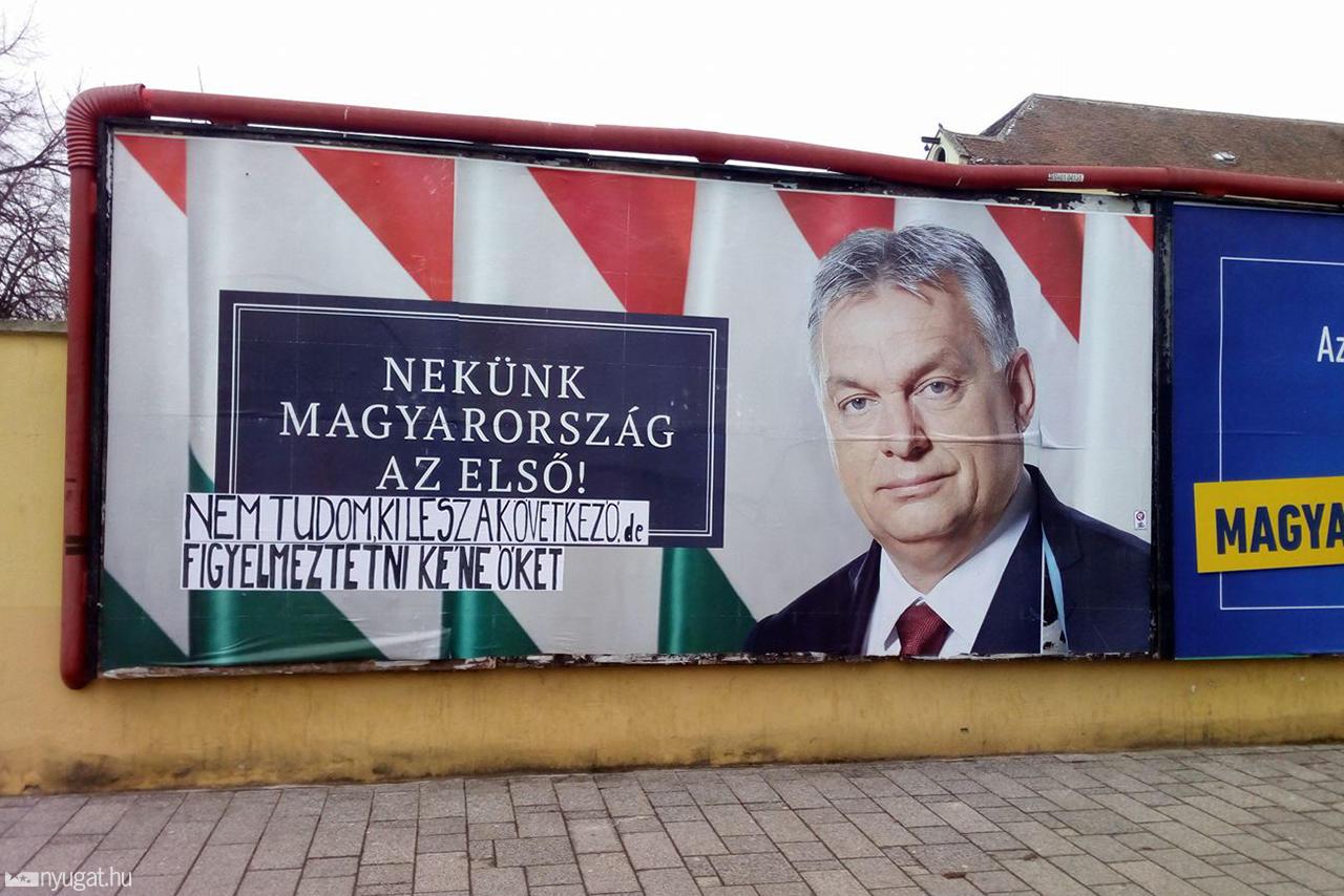 Kétmillióra forintra bírságolták a Fideszt Orbán Viktor plakátai miatt