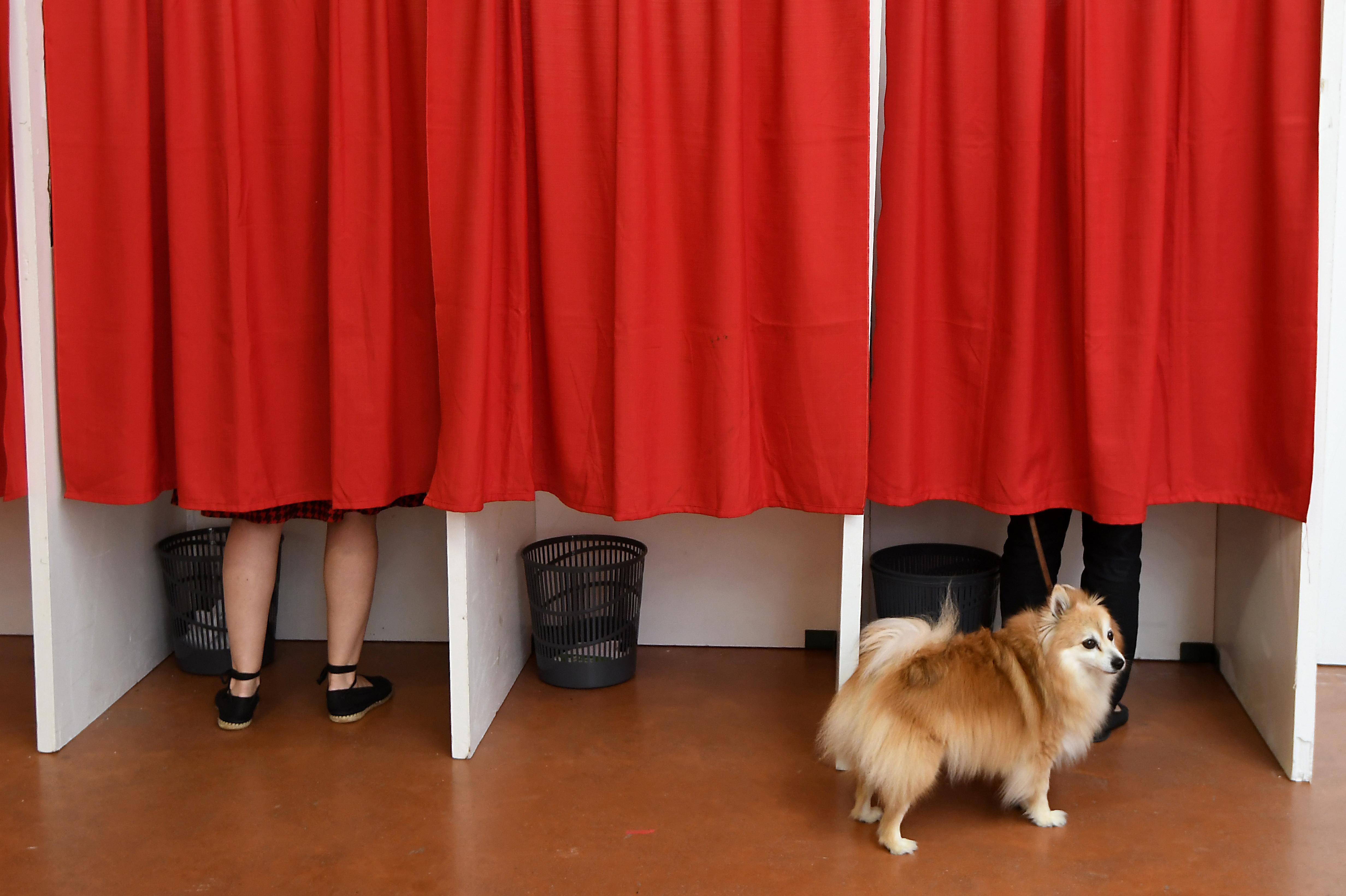Az utolsó napon is még ötezren jelentkeztek, hogy külföldről szavazhassanak