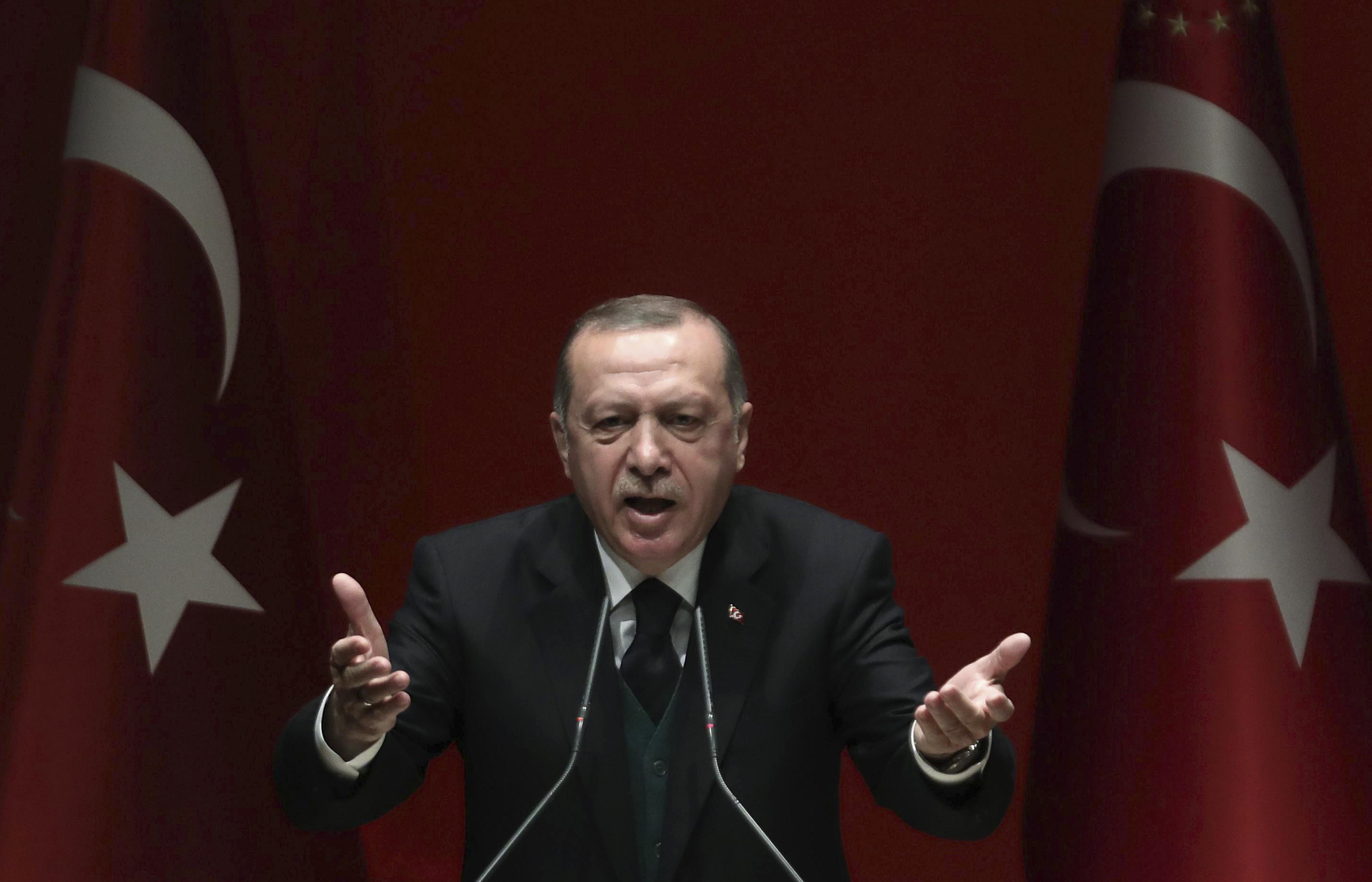 Rendőröket küldenek az inflációra Törökországban