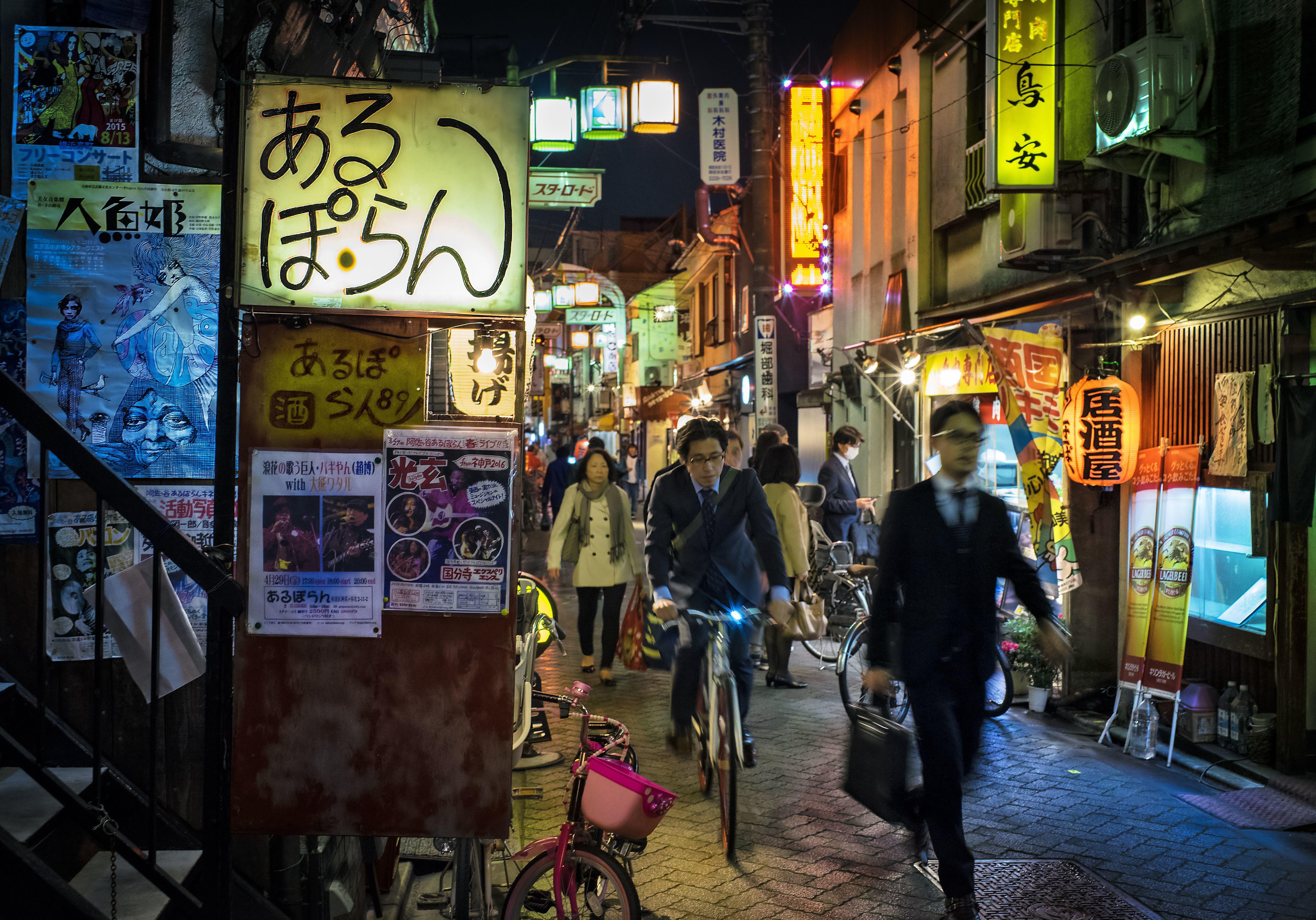 Választás a világ körül: Óceániában és Ázsiában már nagyban megy a szavazás