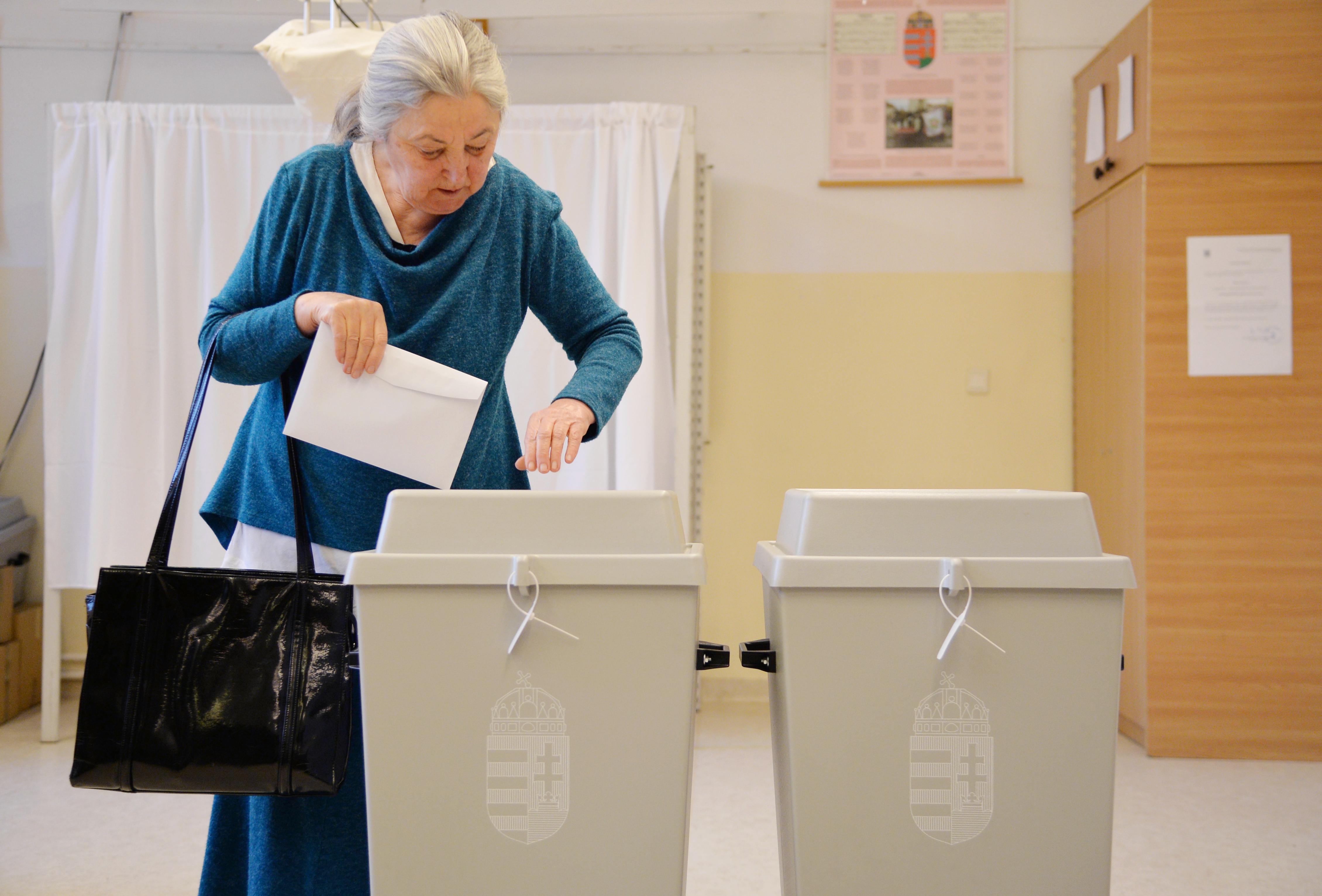 Rekordszámú szavazó ment el 9 óráig