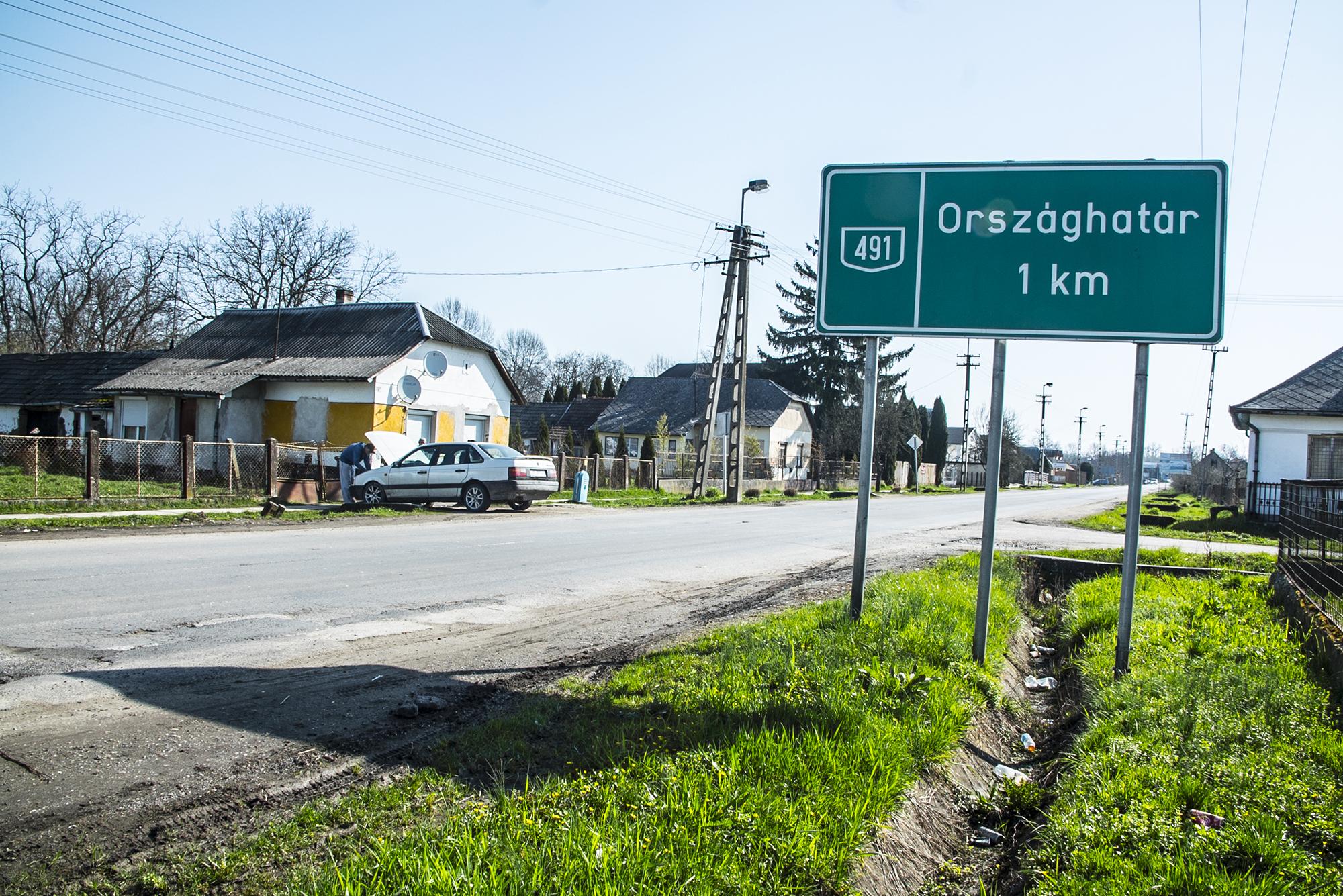 A Célpont szerint kisbuszokkal hordták Ukrajnából a Fidesz-szavazókat