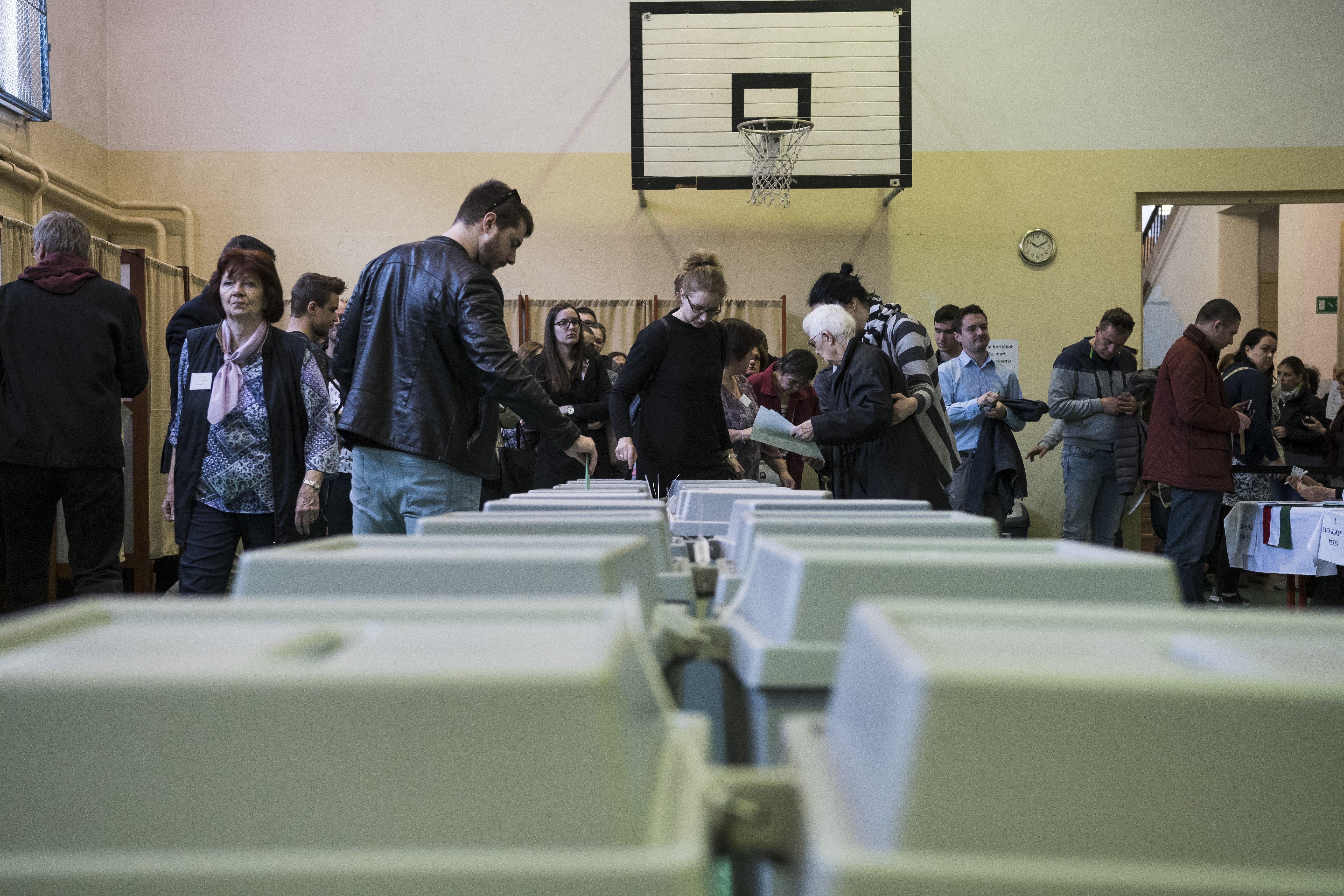 Az újraszámolás után is megmaradt az ellenzéki többség Kőbányán