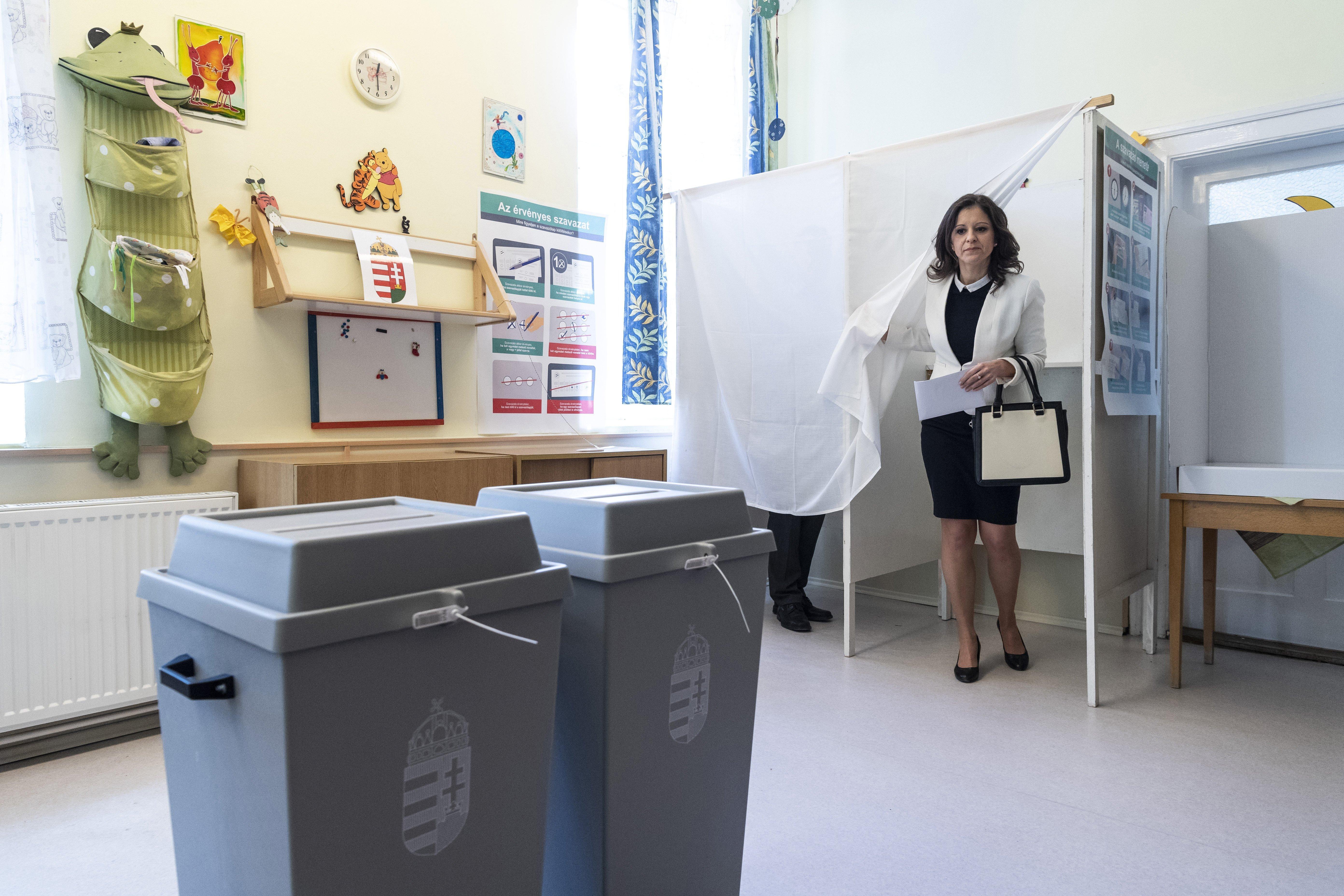 Index: Több szavazókörben is újraszámolják a szavazatokat
