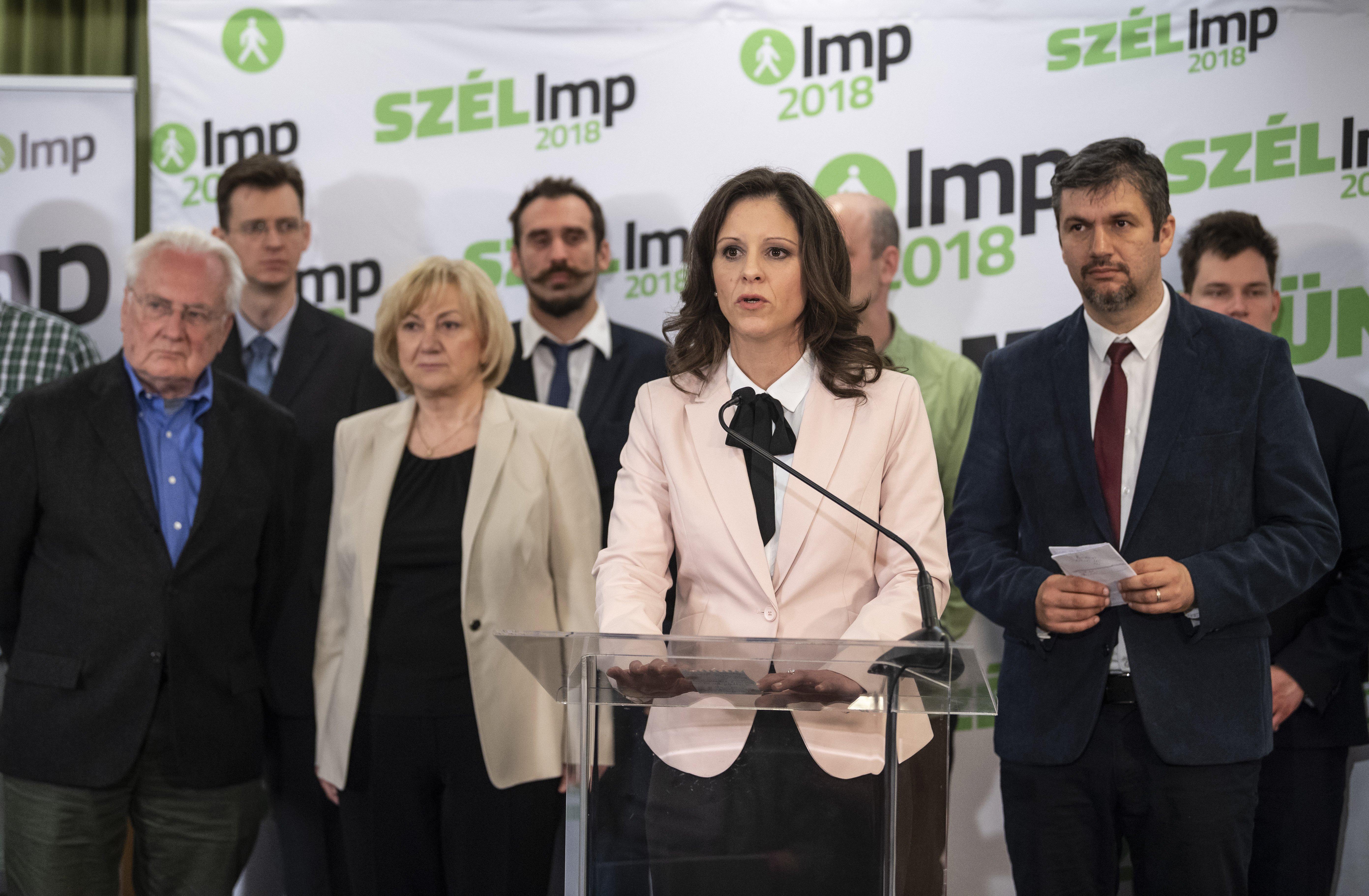 Újabb fegyelmi eljárás indul Szél Bernadett ellen, mert kimondta, hogy ő megszavazná a Sargentini-jelentést