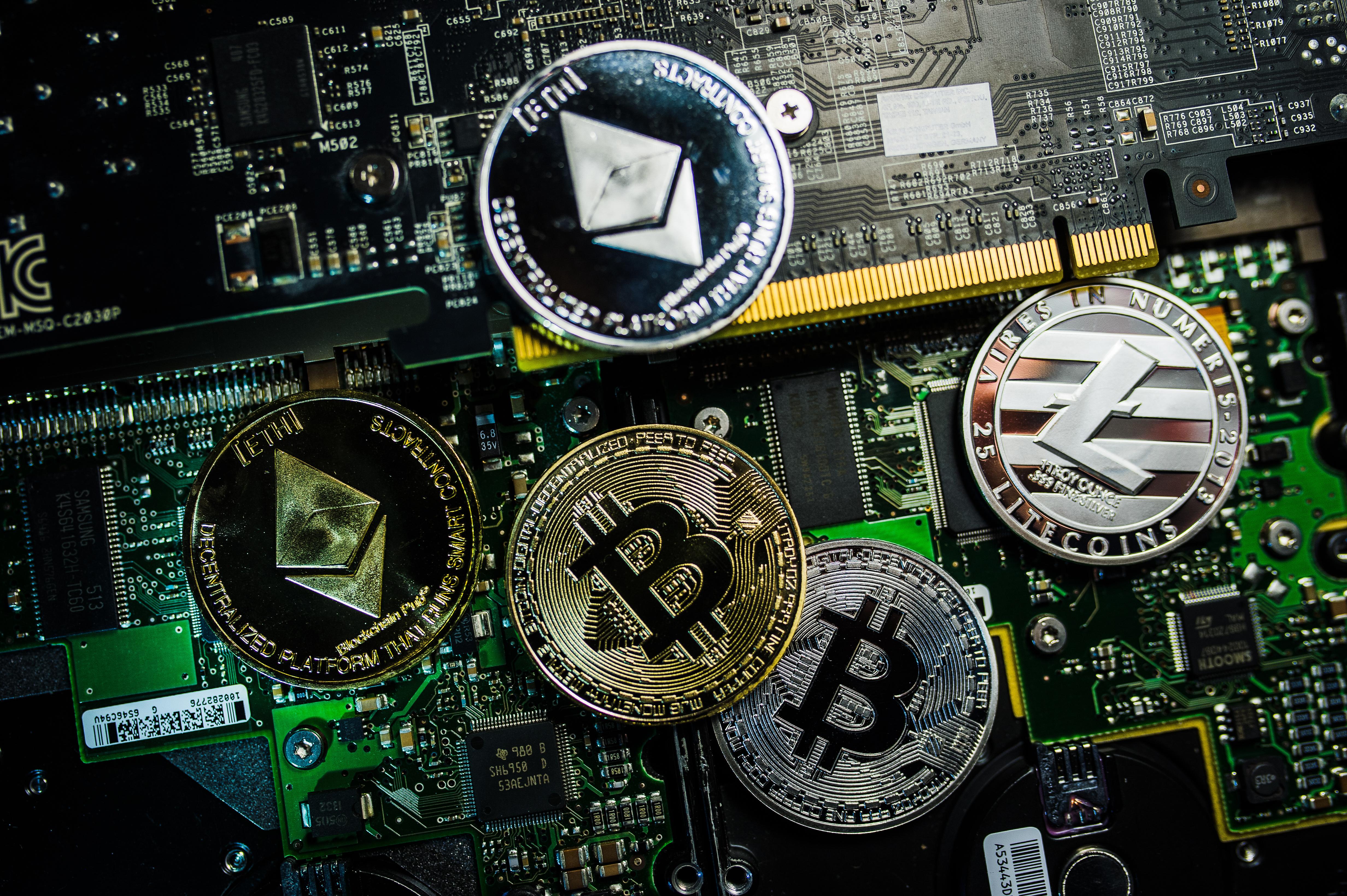Több mint 75 milliárd forint értékű kriptovalutát foglalt le a londoni rendőrség egy pénzmosási ügyben