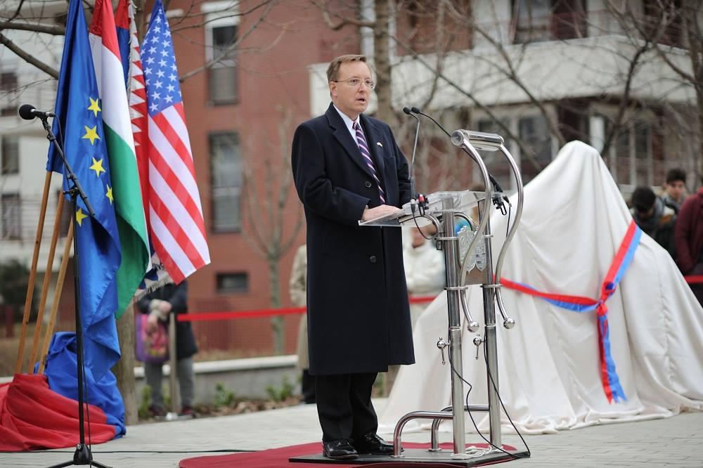 Az Egyesült Államok elítéli a civilek megfélemlítését