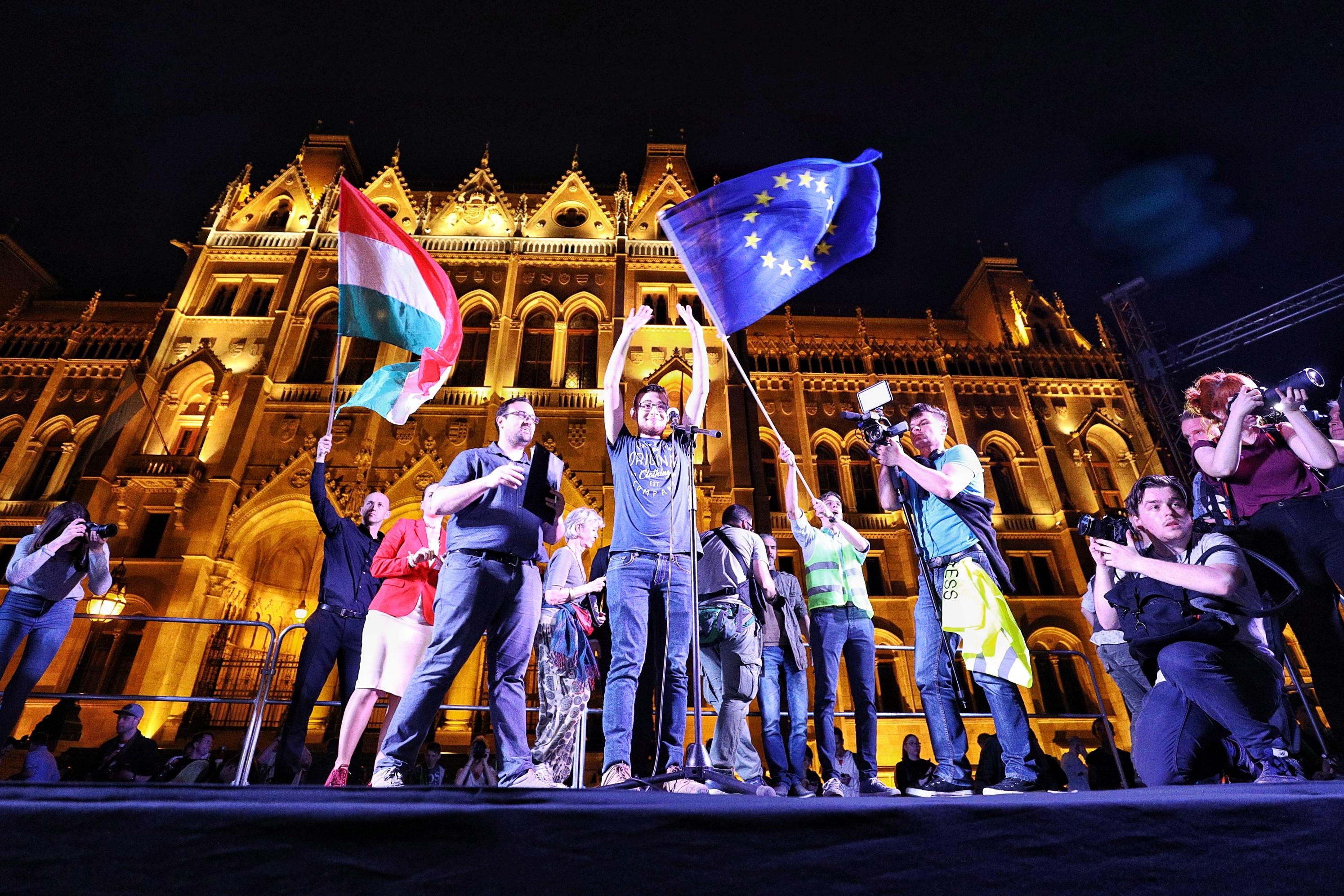 """""""Azért tüntetünk, hogy a Fidesz ne érezhesse azt: szabad a pálya, bármit megtehetnek"""""""