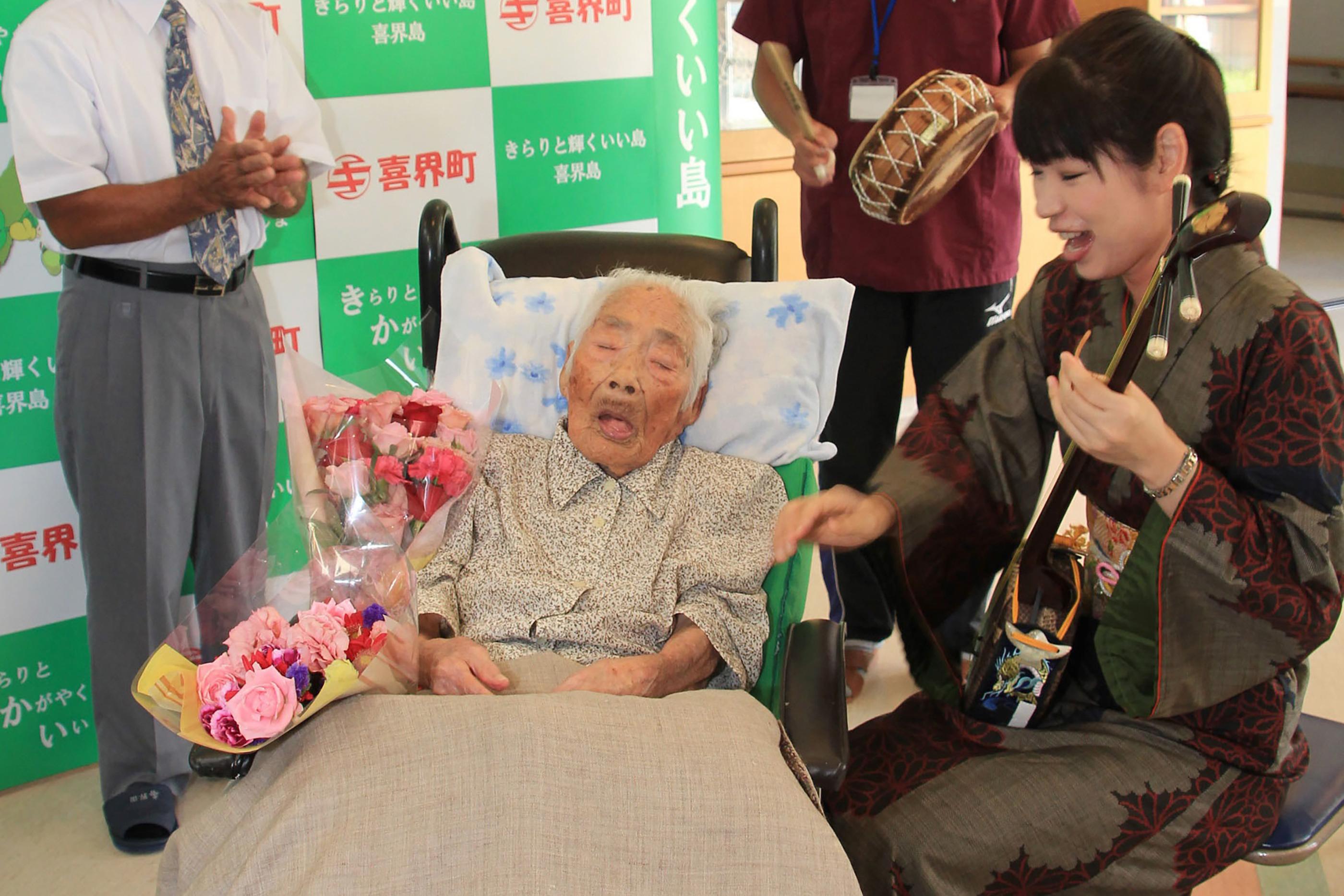 117 évesen meghalt Tadzsima Nabi, aki a világ legidősebb embere volt