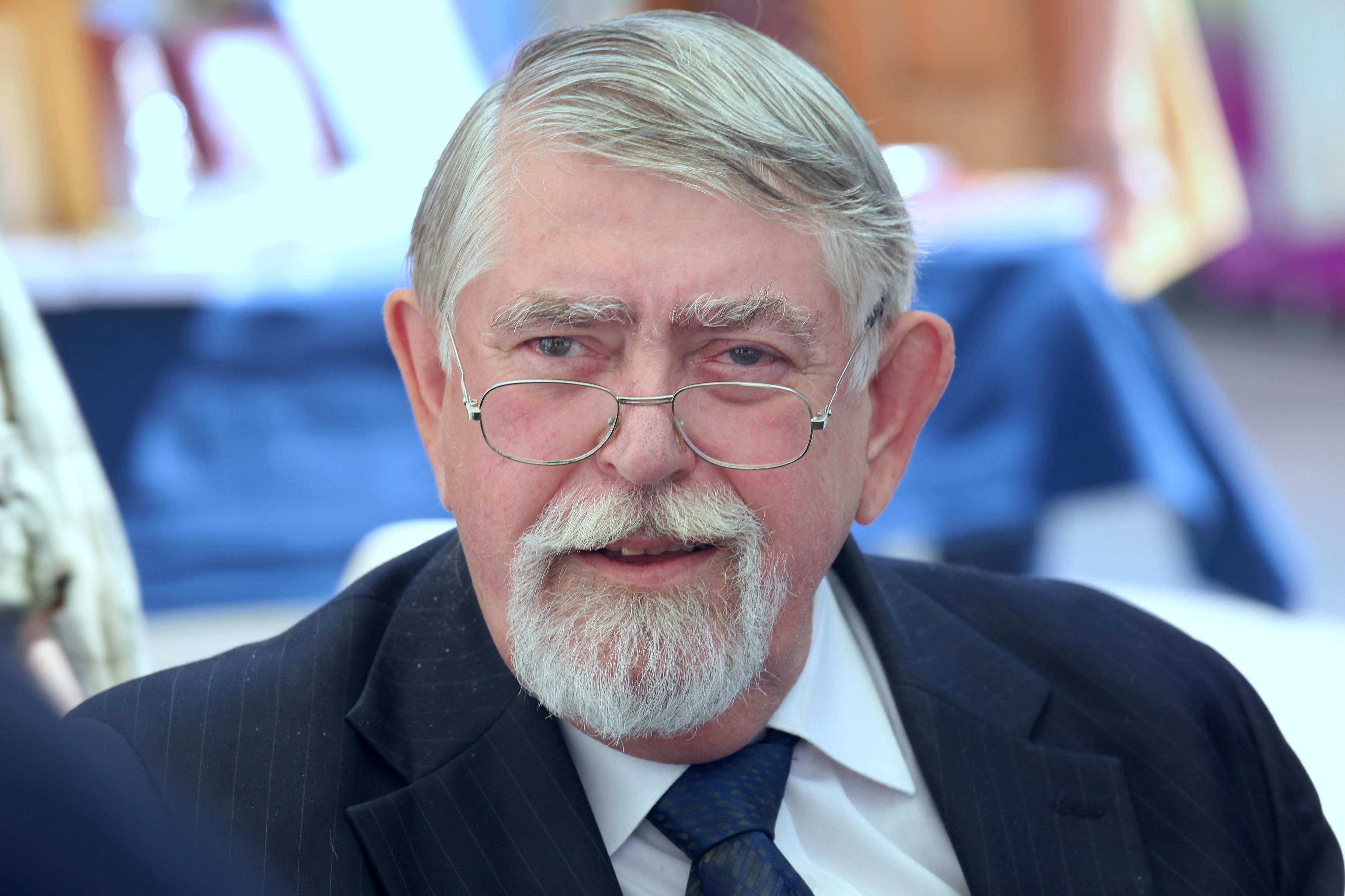 Kásler Miklóssal egyeztetnek a tüntetők az otthoni ápolás elismeréséről