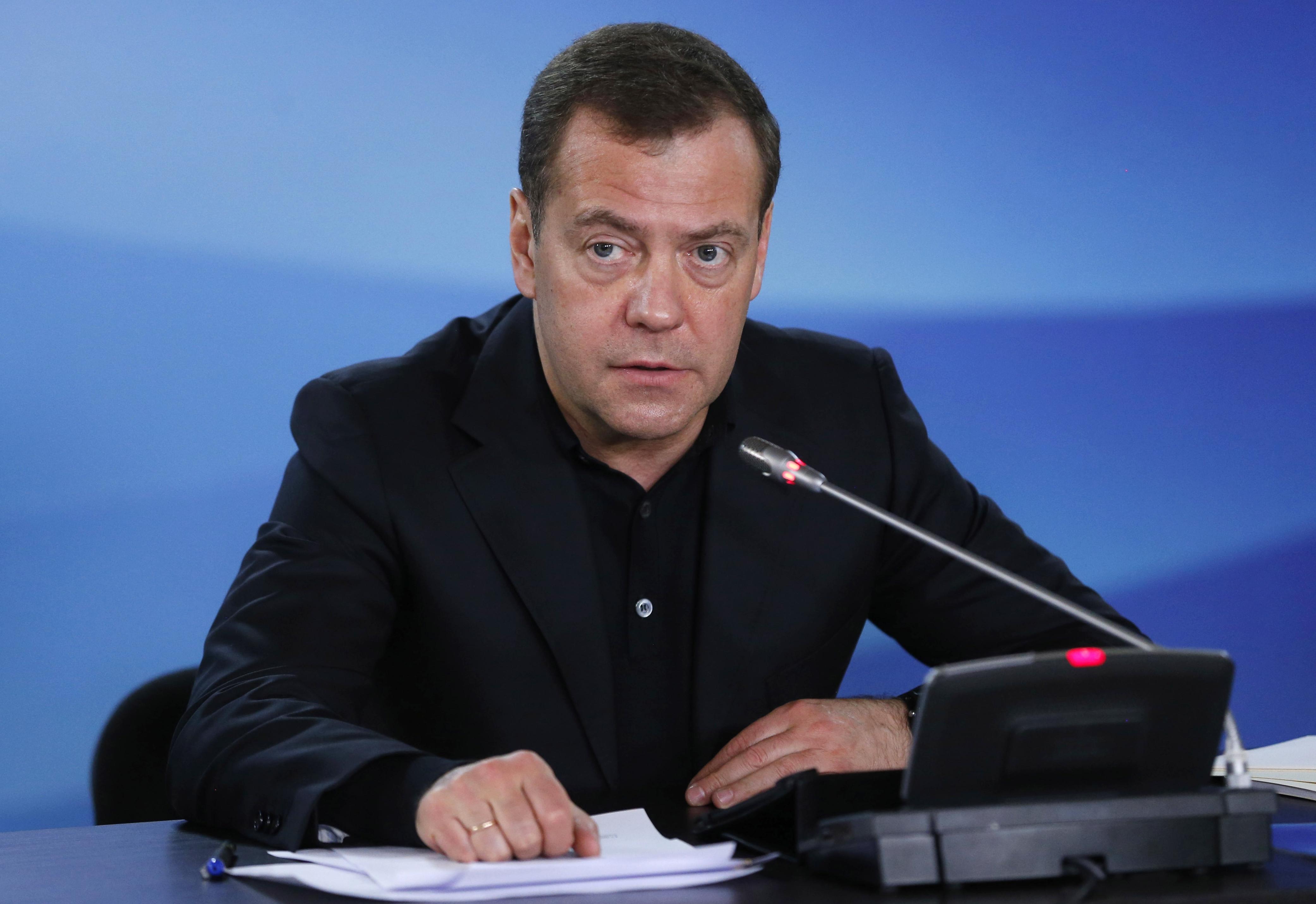 Medvegyev elrendelte, hogy az év végéig hatálytalanítsák a még érvényben lévő szovjet jogszabályokat