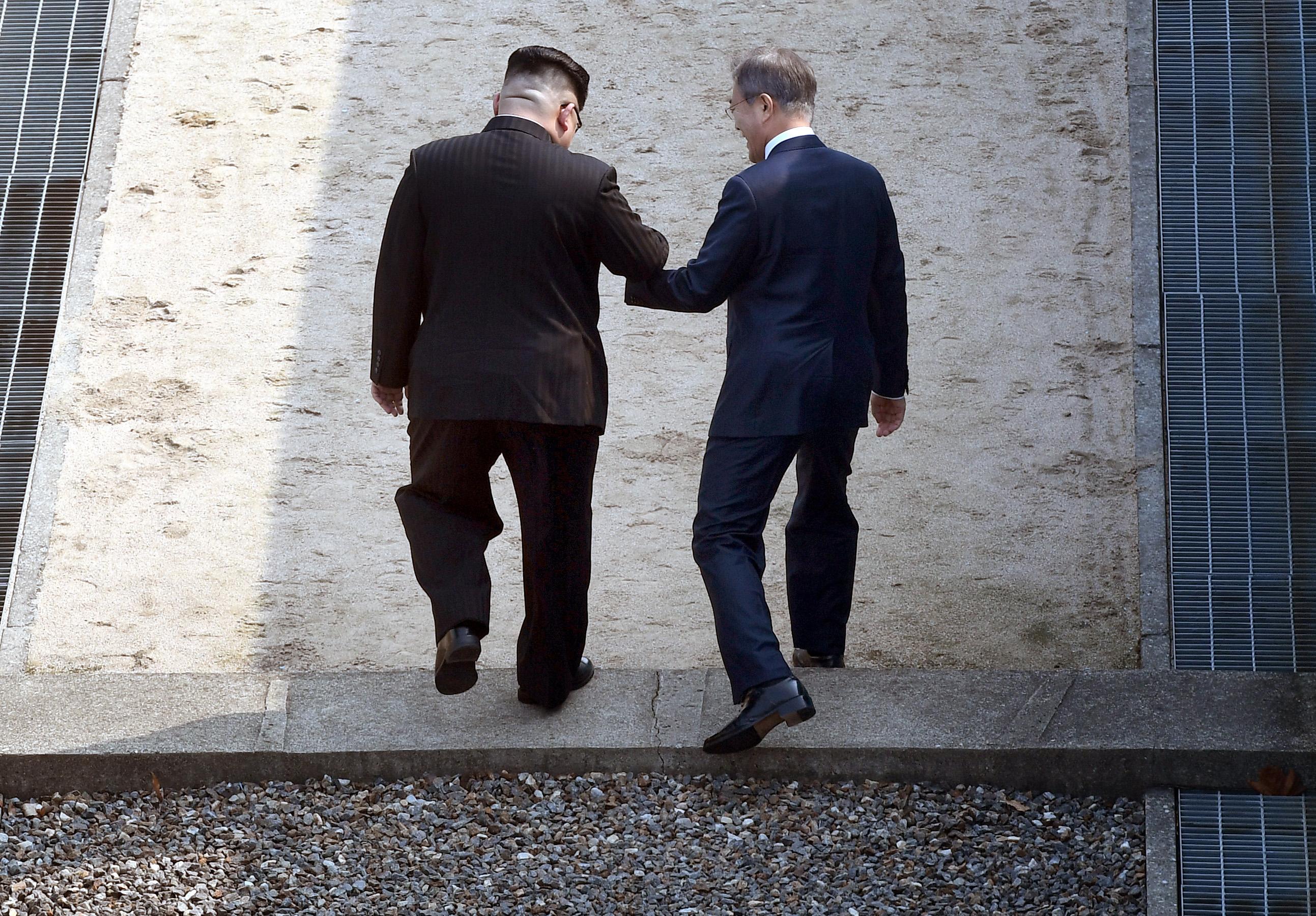 Kim Dzsongun eltökélt szándéka találkozni Trumppal