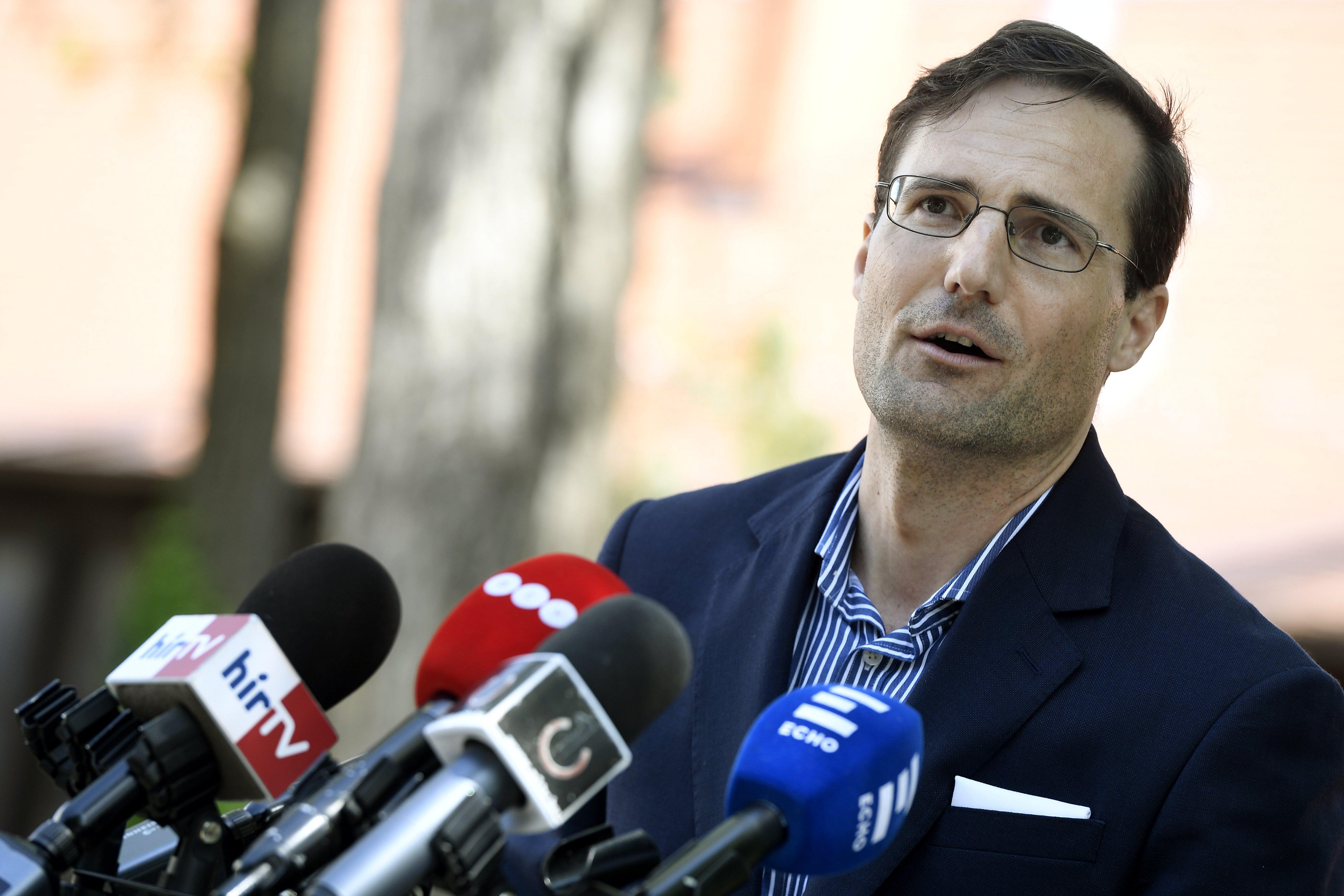 Gyöngyösi: A Jobbik nem esik depresszióba, a Parlamentben és az utcán is szembeszáll a Fidesz félfeudális, diktatórikus rendszerével