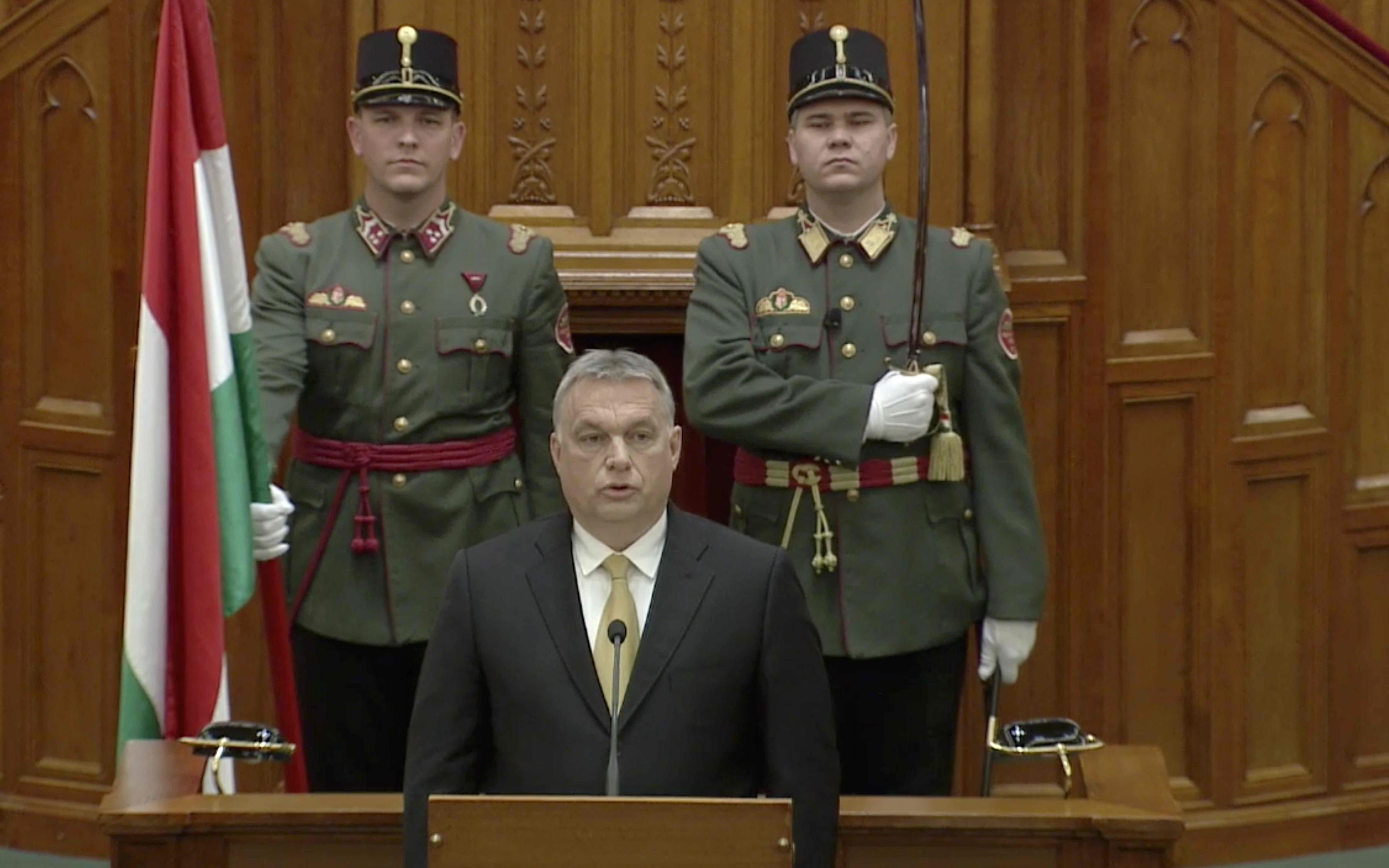 Orbán: Magyarország megvédése nem a NATO és az EU kötelessége, hanem a miénk