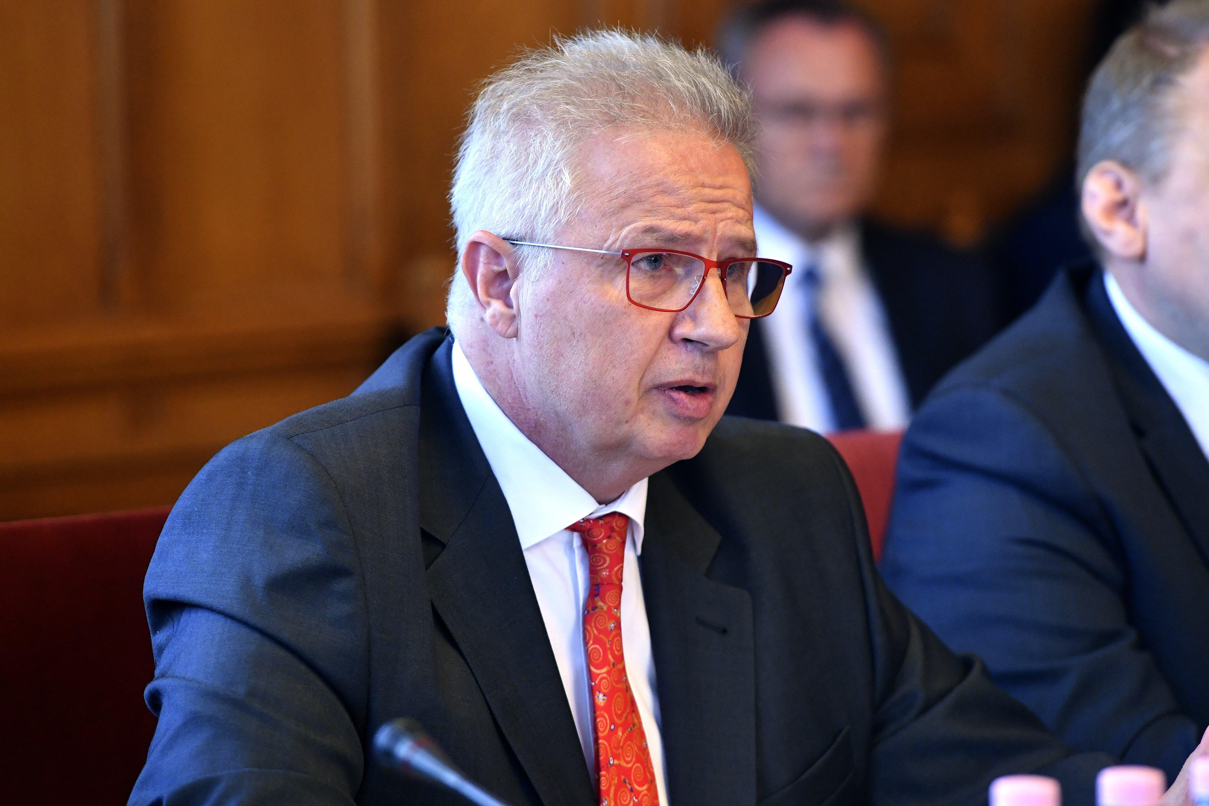 Koronavírusos lett Trócsányi László fideszes EP-képviselő
