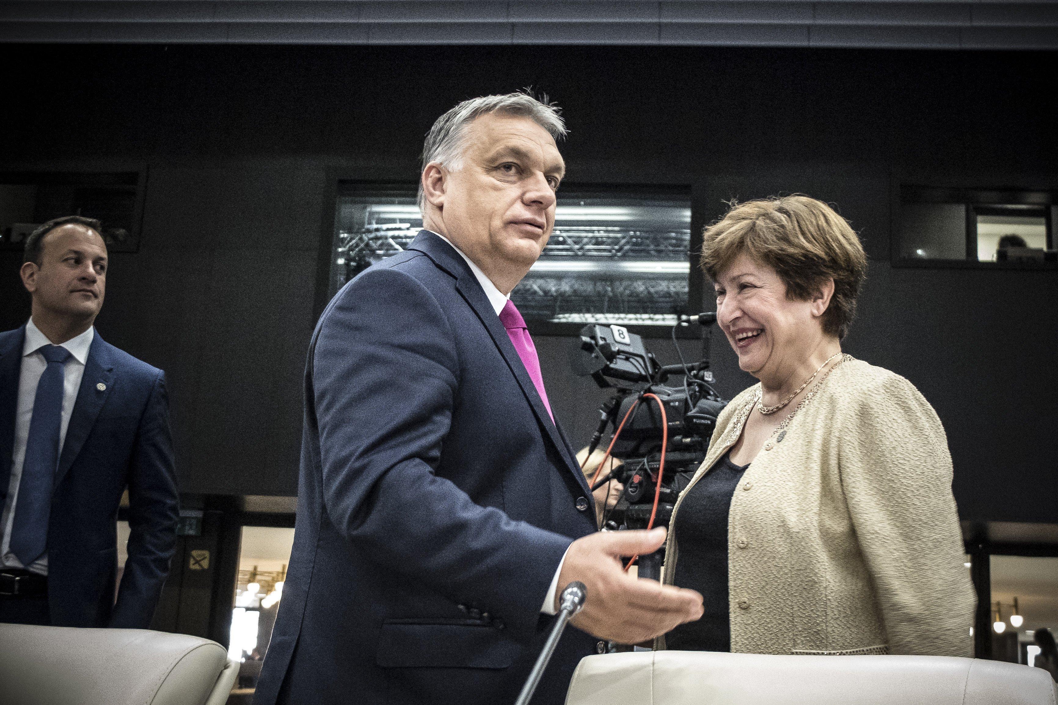 A szabad magyaroknak és a független bíróknak üzen Orbán a hetedik alkotmánymódosítással