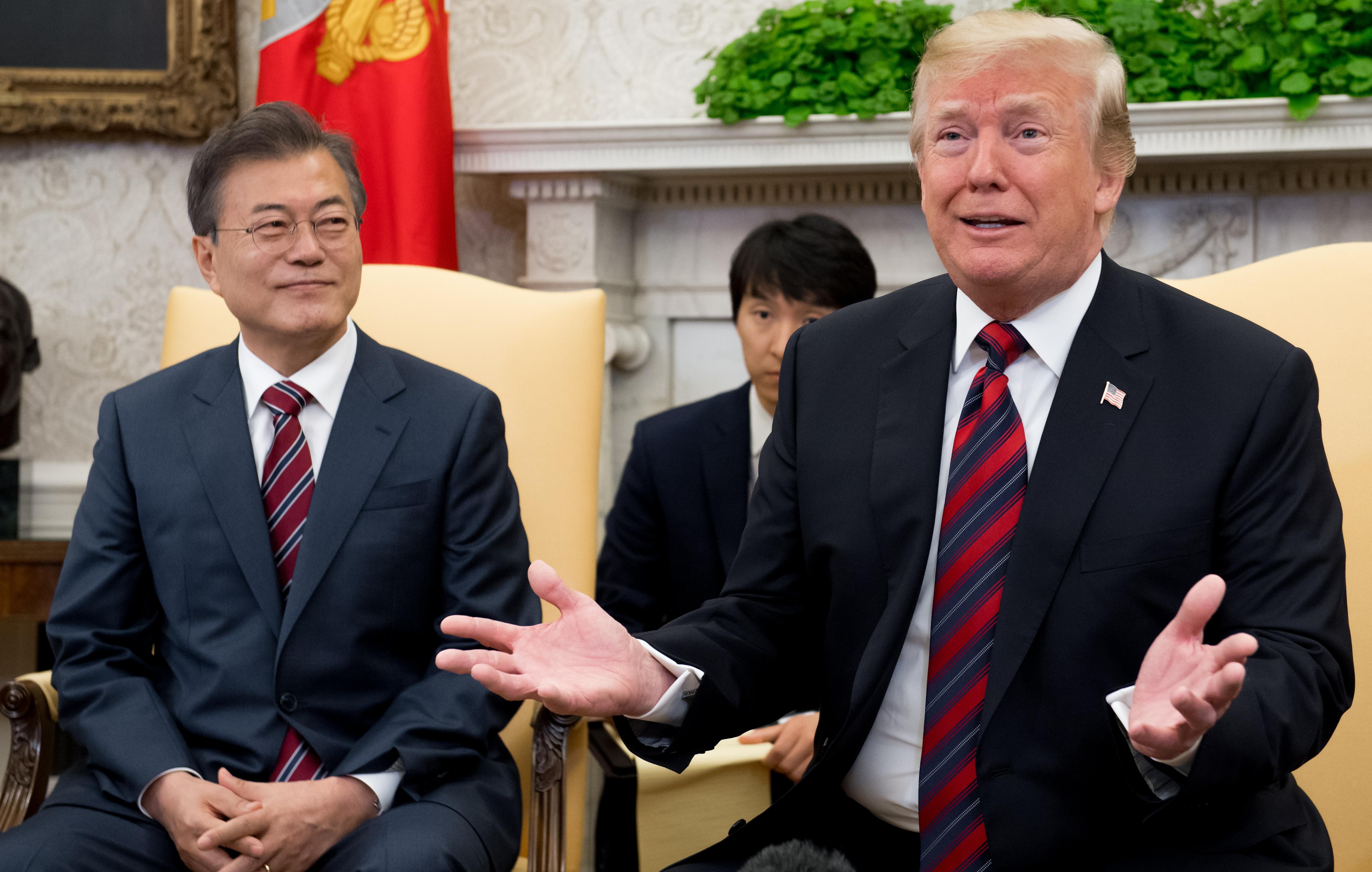 Trump felkészült rá, hogy elhalassza vagy akár le is fújja történelmi találkáját Kim Dzsongunnal