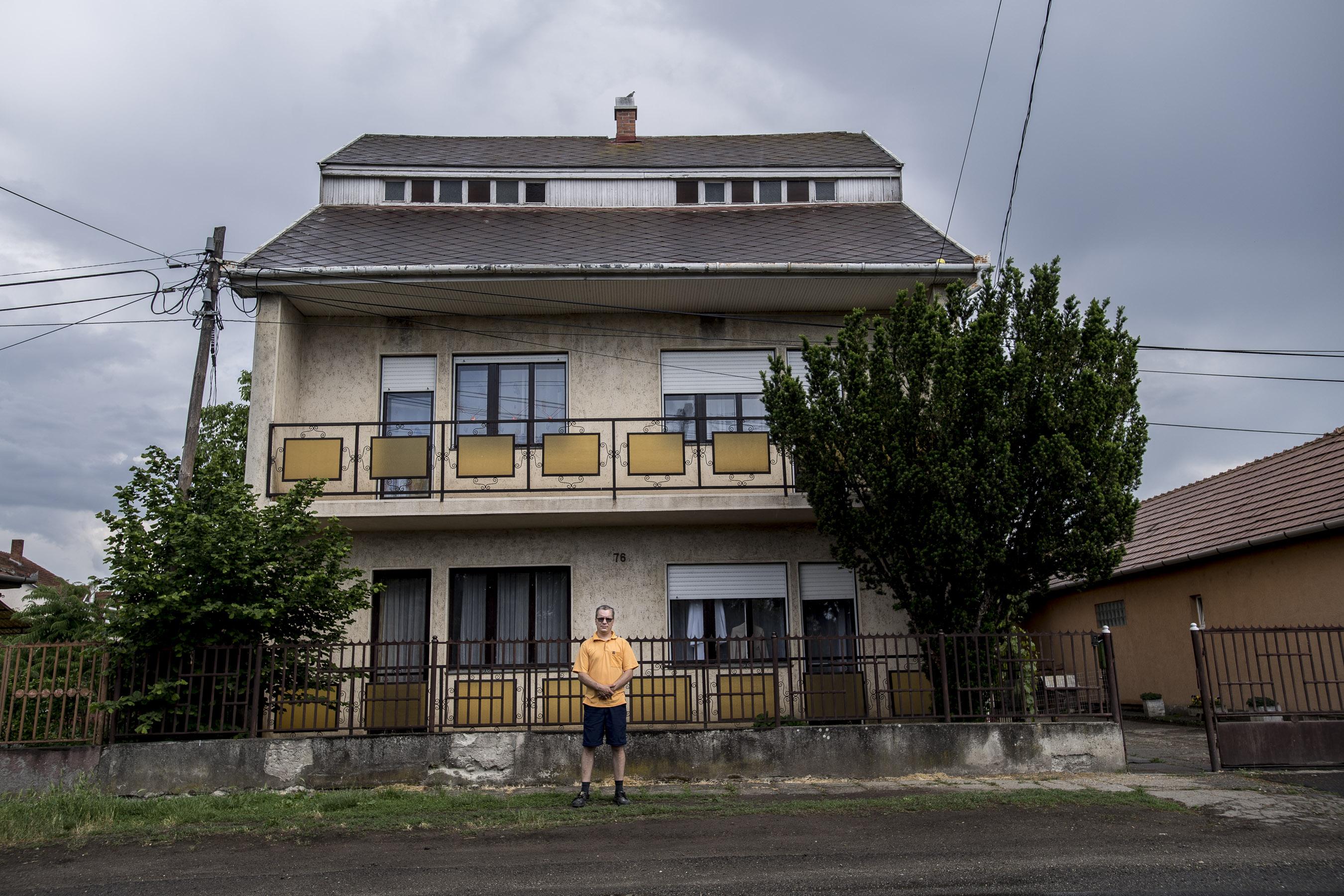 Lassan csak magányos szülők lakják a 80-as évek többgenerációs családi házait