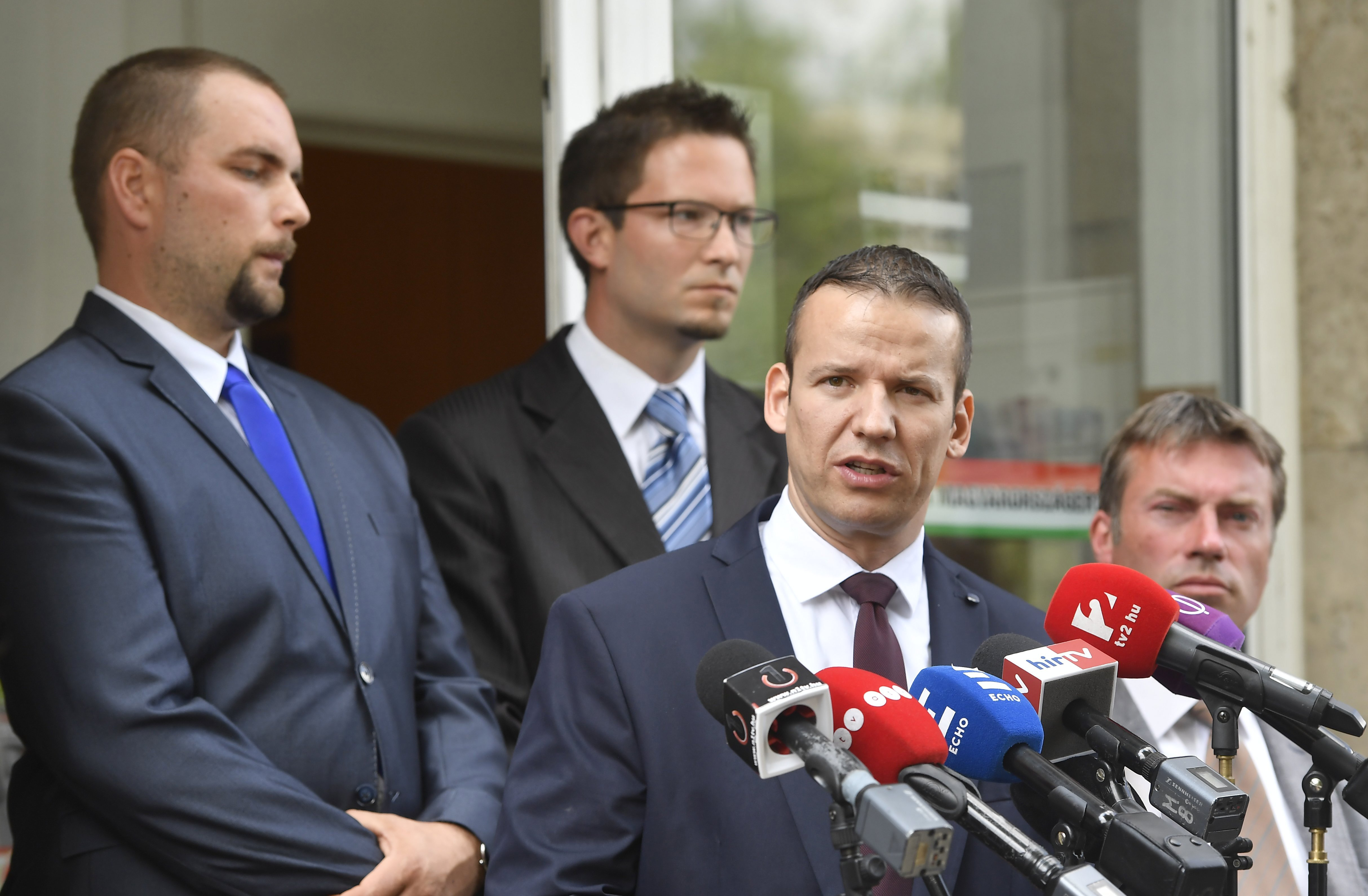 A Jobbik fegyelmi eljárást indít Toroczkai ellen