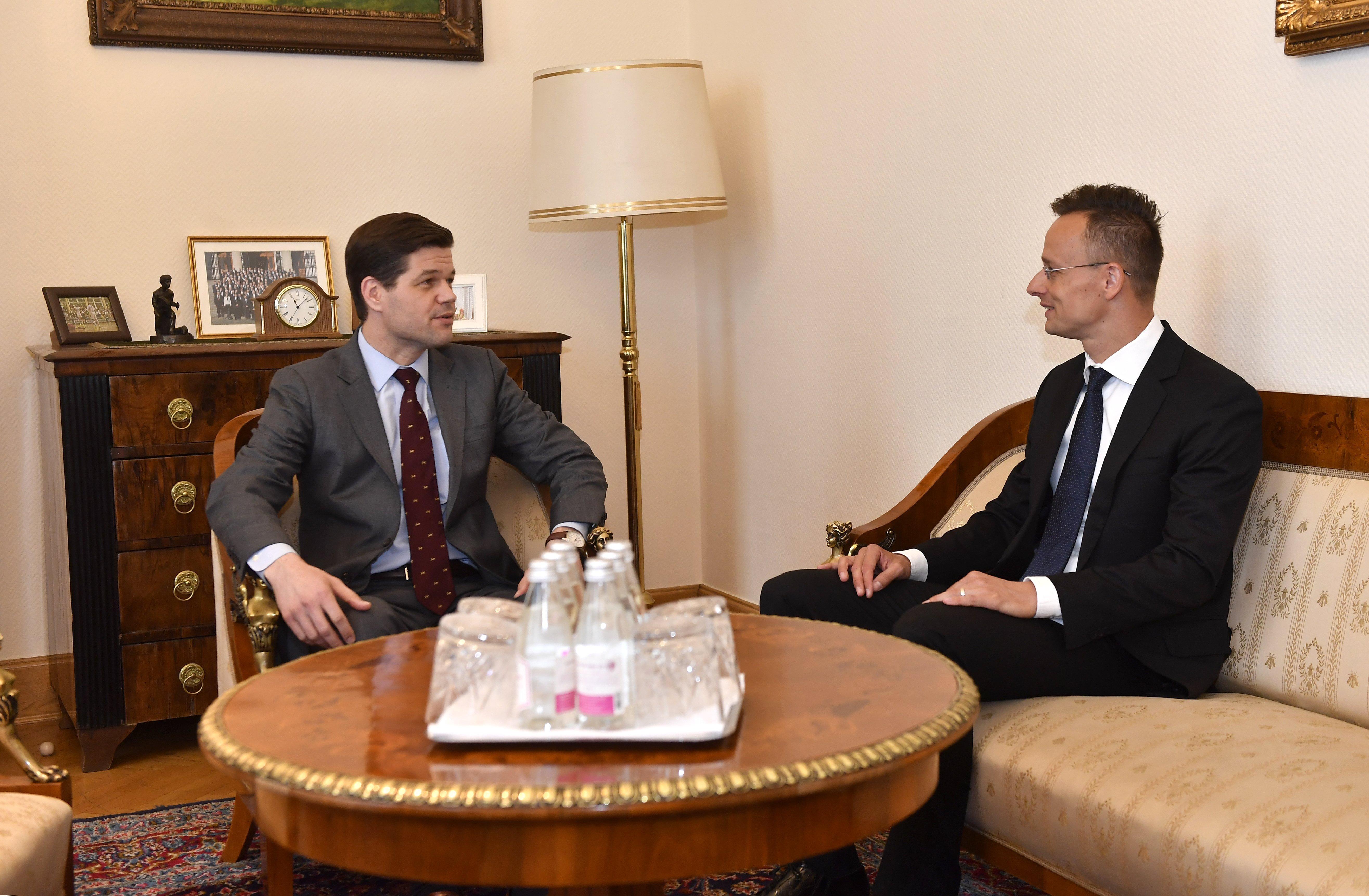 Szijjártó Péter fogadta az amerikai külügyminisztérium helyettes államtitkárát